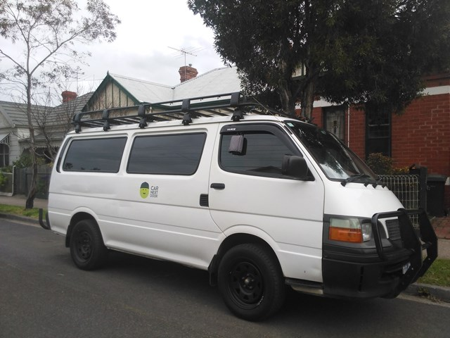 Picture of Thomas' 2000 Toyota Hiace