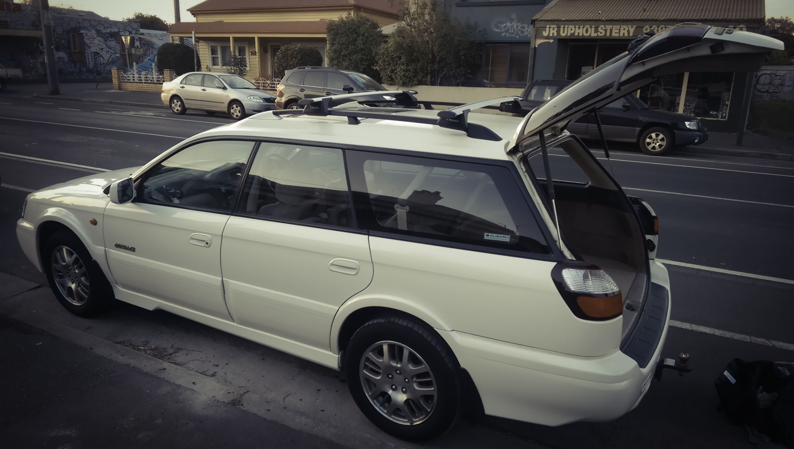 Picture of Rhys' 2001 Subaru Outback
