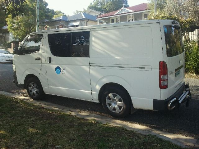 Picture of Mel's 2006 Toyota Hiace
