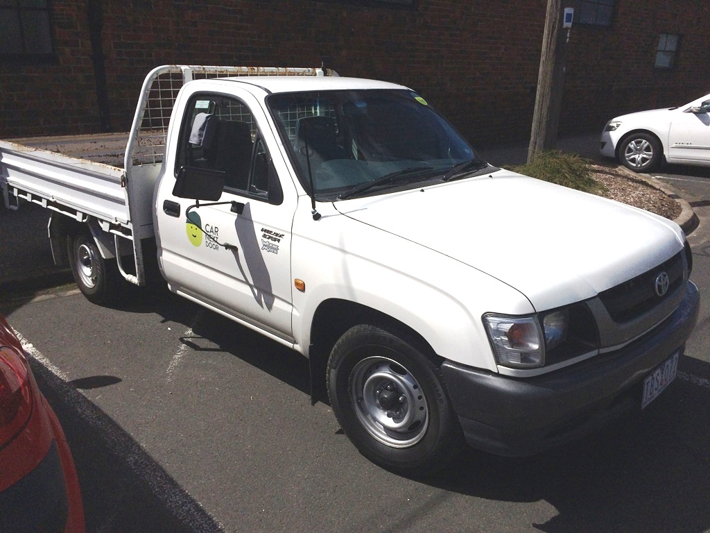 Picture of Thomas' 2004 Toyota Hilux