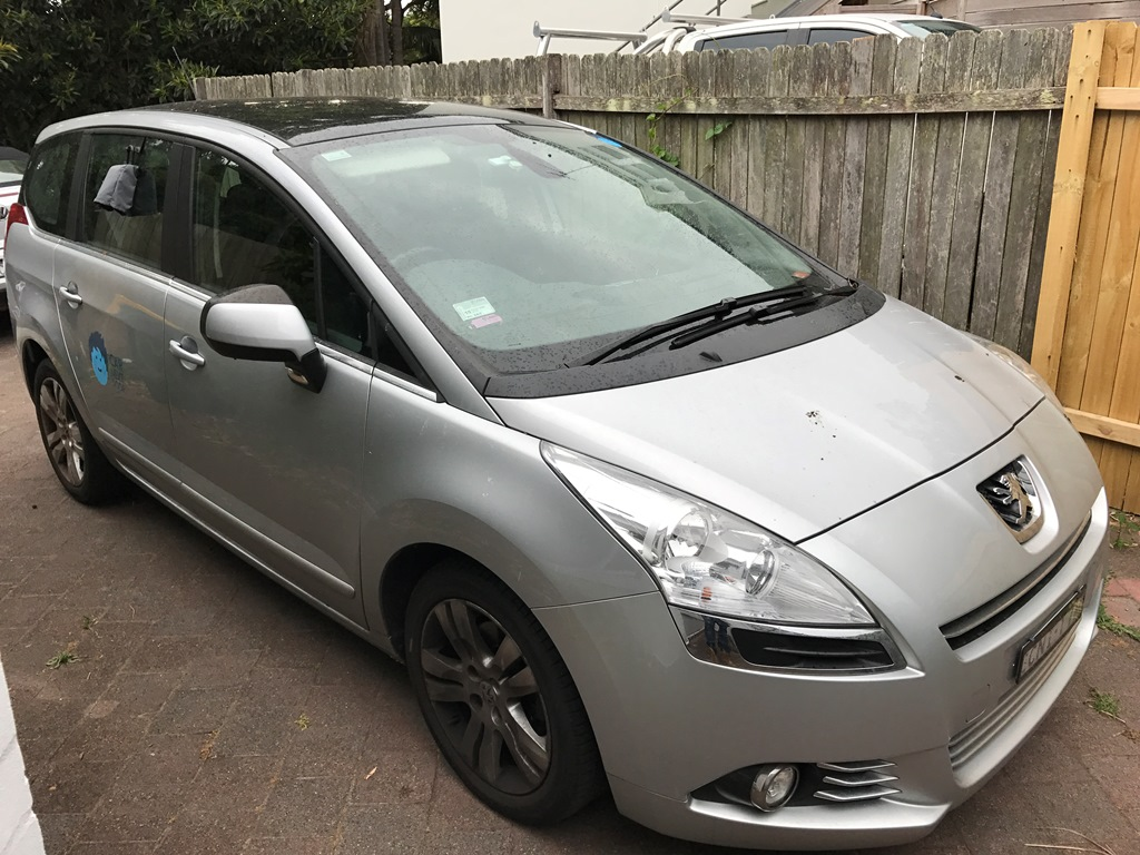 Picture of Stefanie's 2013 Peugeot 5008