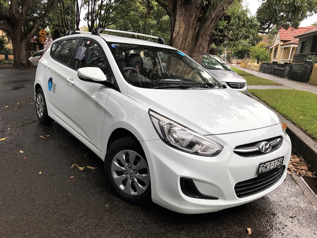 Picture of Rosharna's 2016 Hyundai Accent