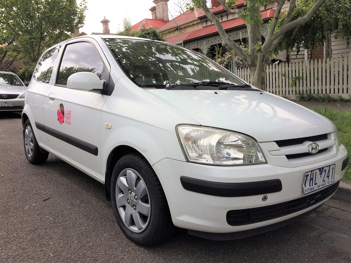 rent victoria s 2004 hyundai getz by the hour or day in. Black Bedroom Furniture Sets. Home Design Ideas