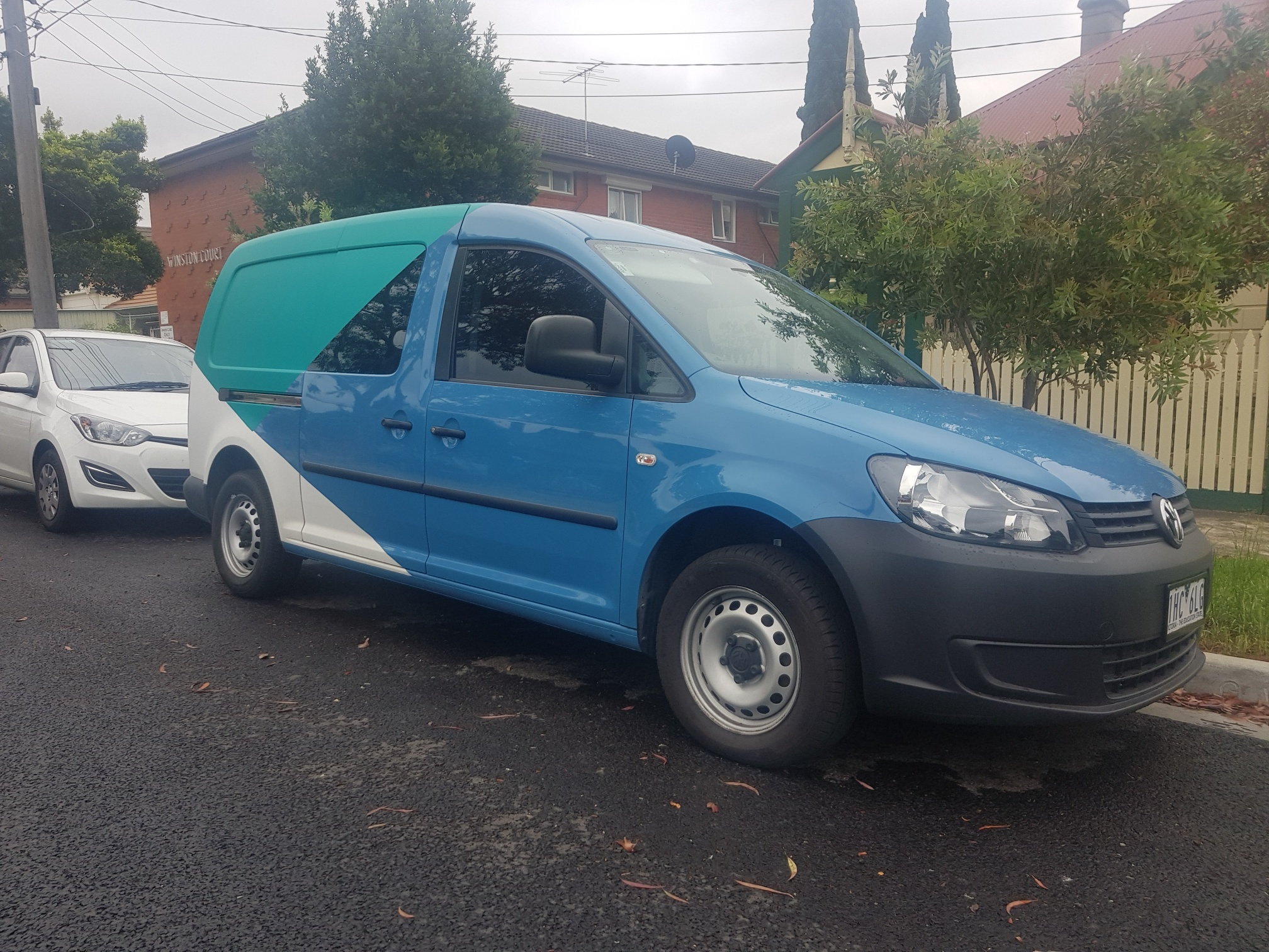 Picture of Christina's 2011 Volkswagen Caddy Maxi