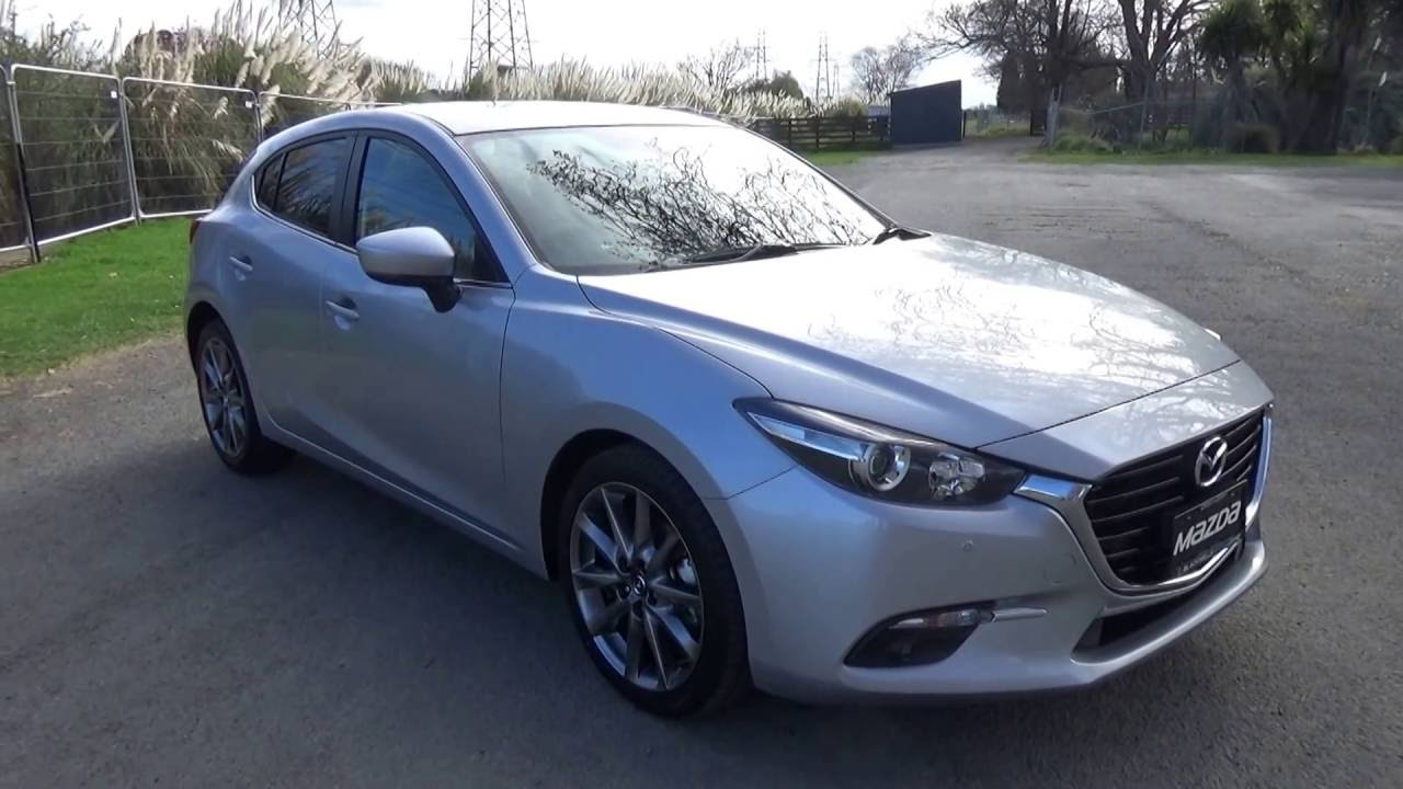 Picture of CarNextDoor's 2016 Mazda 3