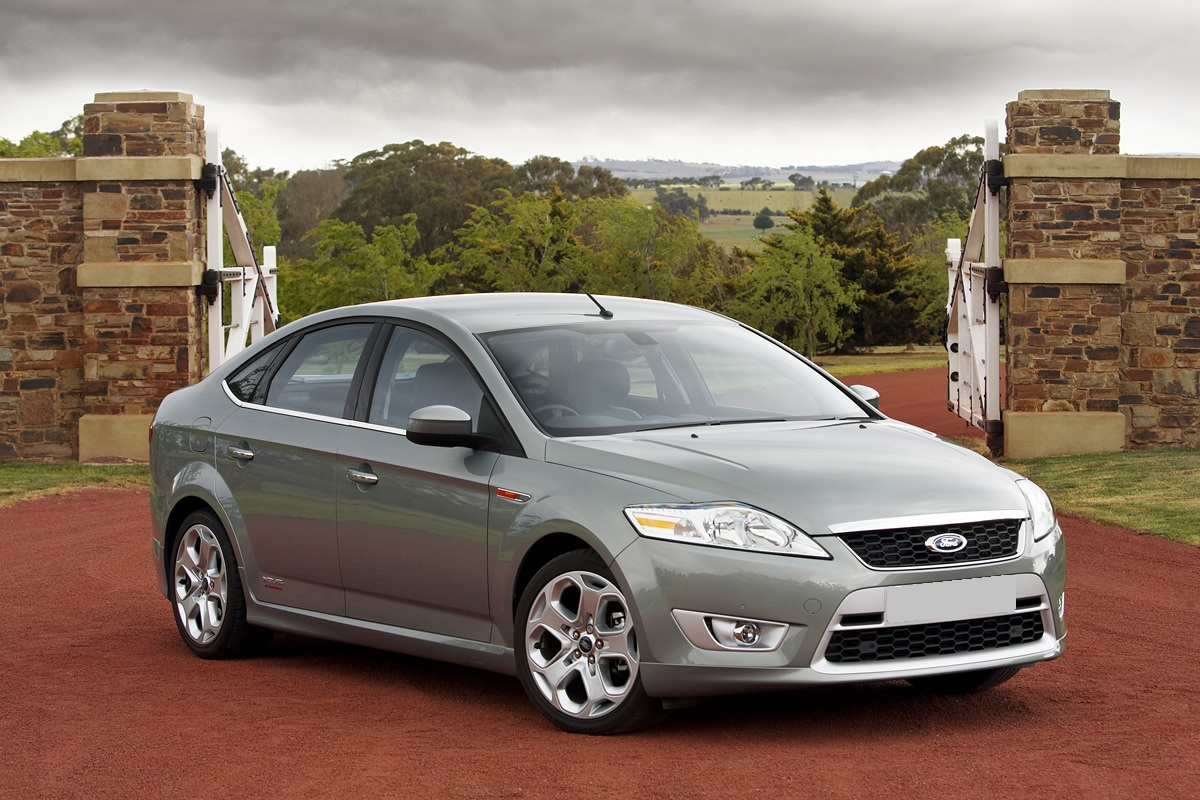 Picture of CarNextDoor's 2013 Ford Mondeo
