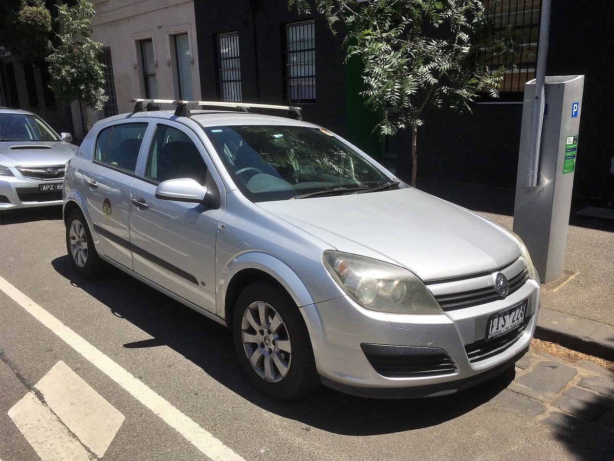 Picture of Cameron's 2005 Holden Astra CD