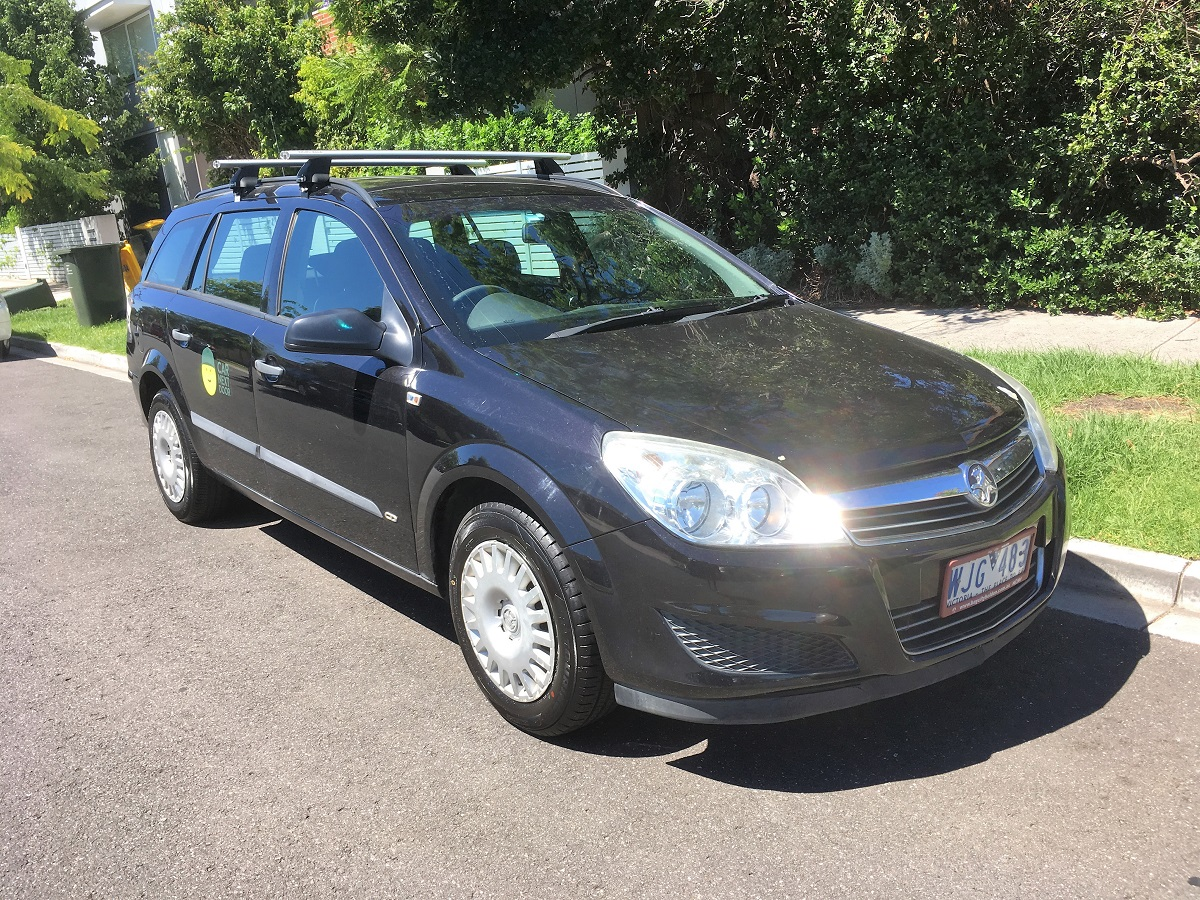 Picture of Dheeraj's 2008 Holden Astra