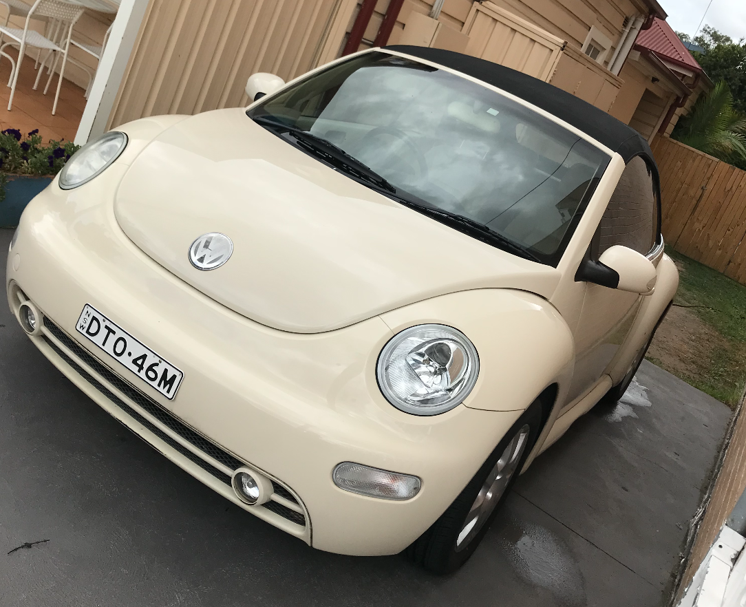 Picture of Nitin's 2005 Volkswagen Beetle
