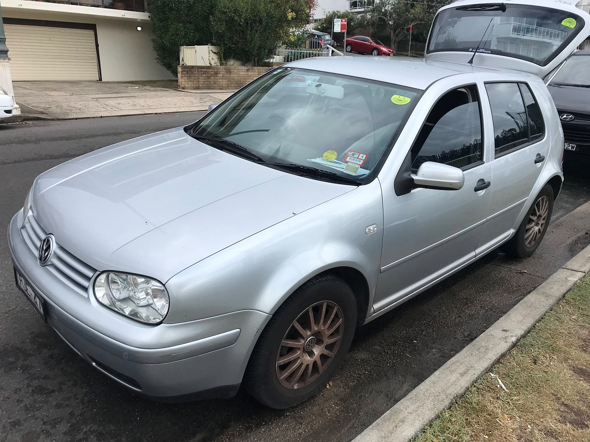 Picture of Alexandra's 2002 Volkswagen Golf