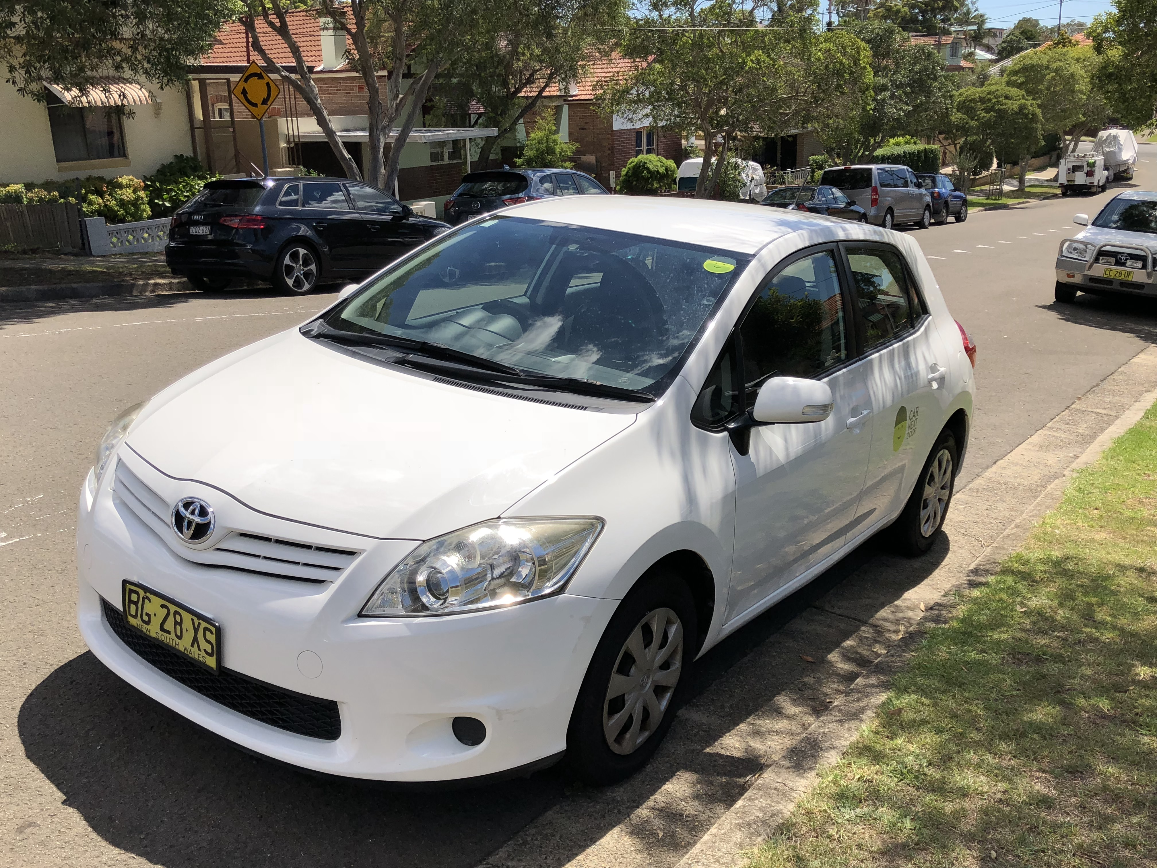 Picture of Hassan's 2010 Toyota Corolla