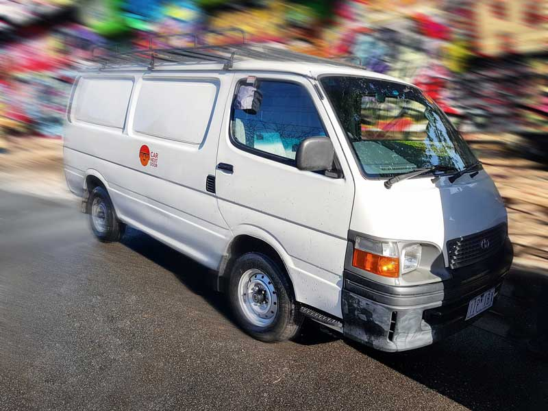 Picture of Xifa's 2003 Toyota Hiace Automatic Roof Rack Van Long Wheelbase