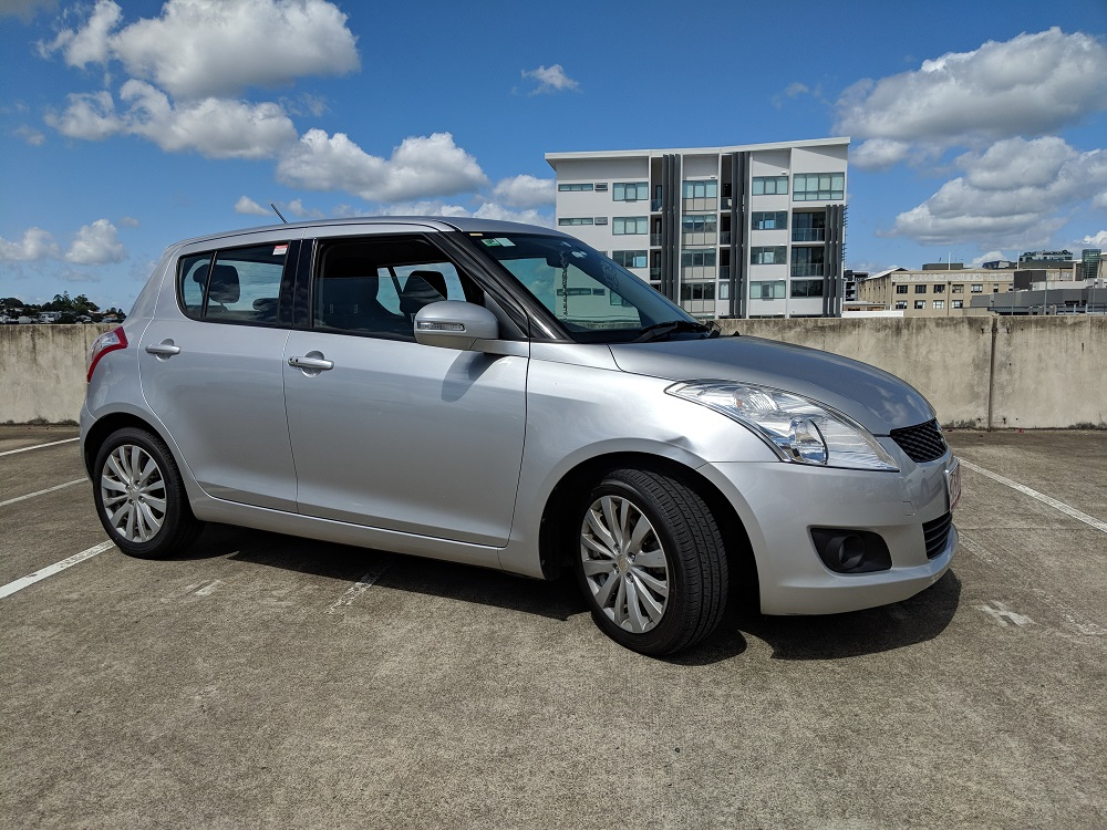 Picture of Simon's 2011 Suzuki SWIFT