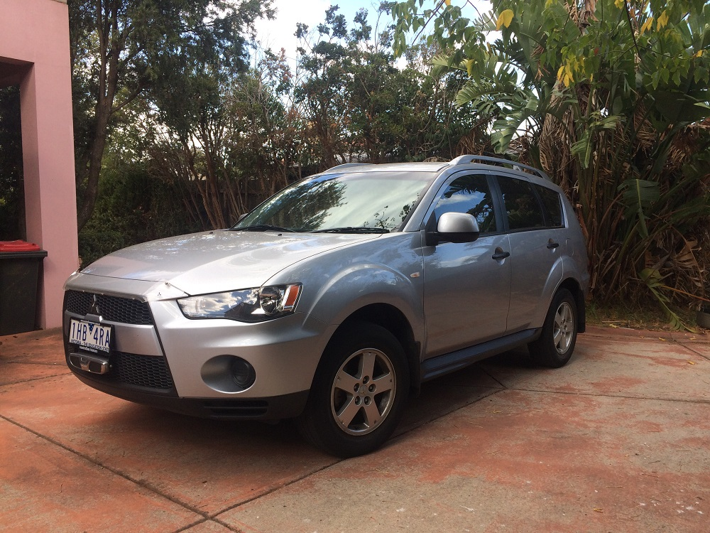 Picture of Anita's 2010 Mitsubishi Outlander