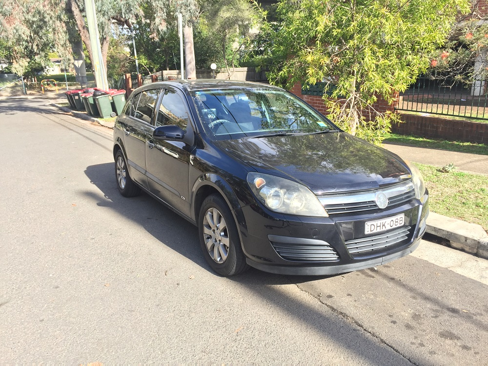 Picture of Dinesh's 2006 Holden Astra