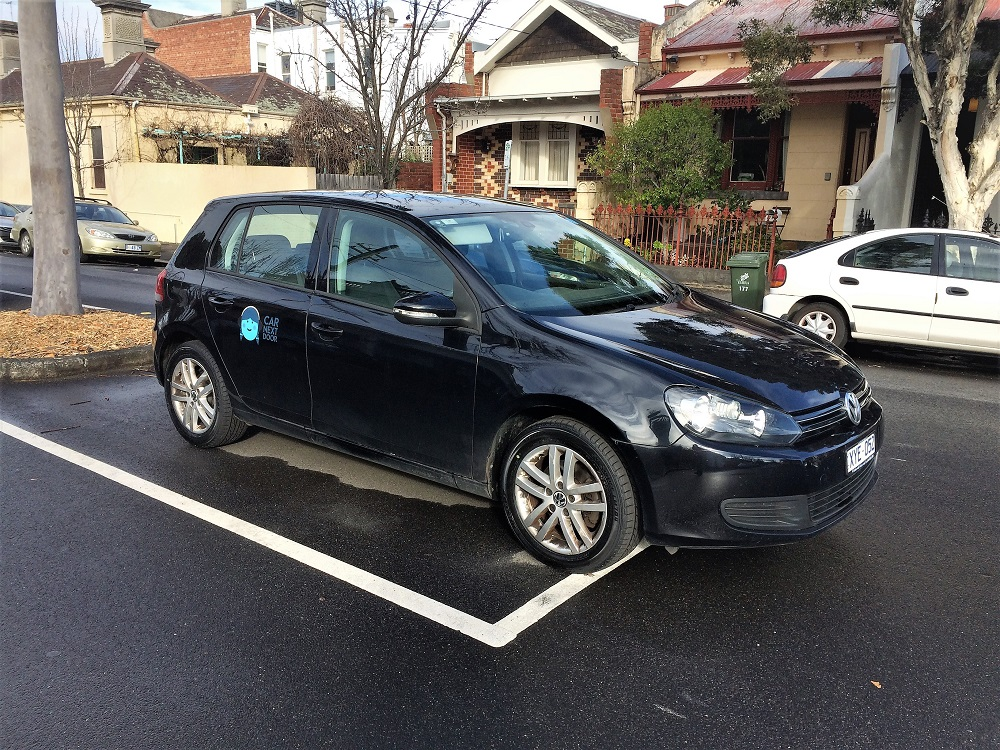 Picture of Vicky's 2010 Volkswagon Golf TDI