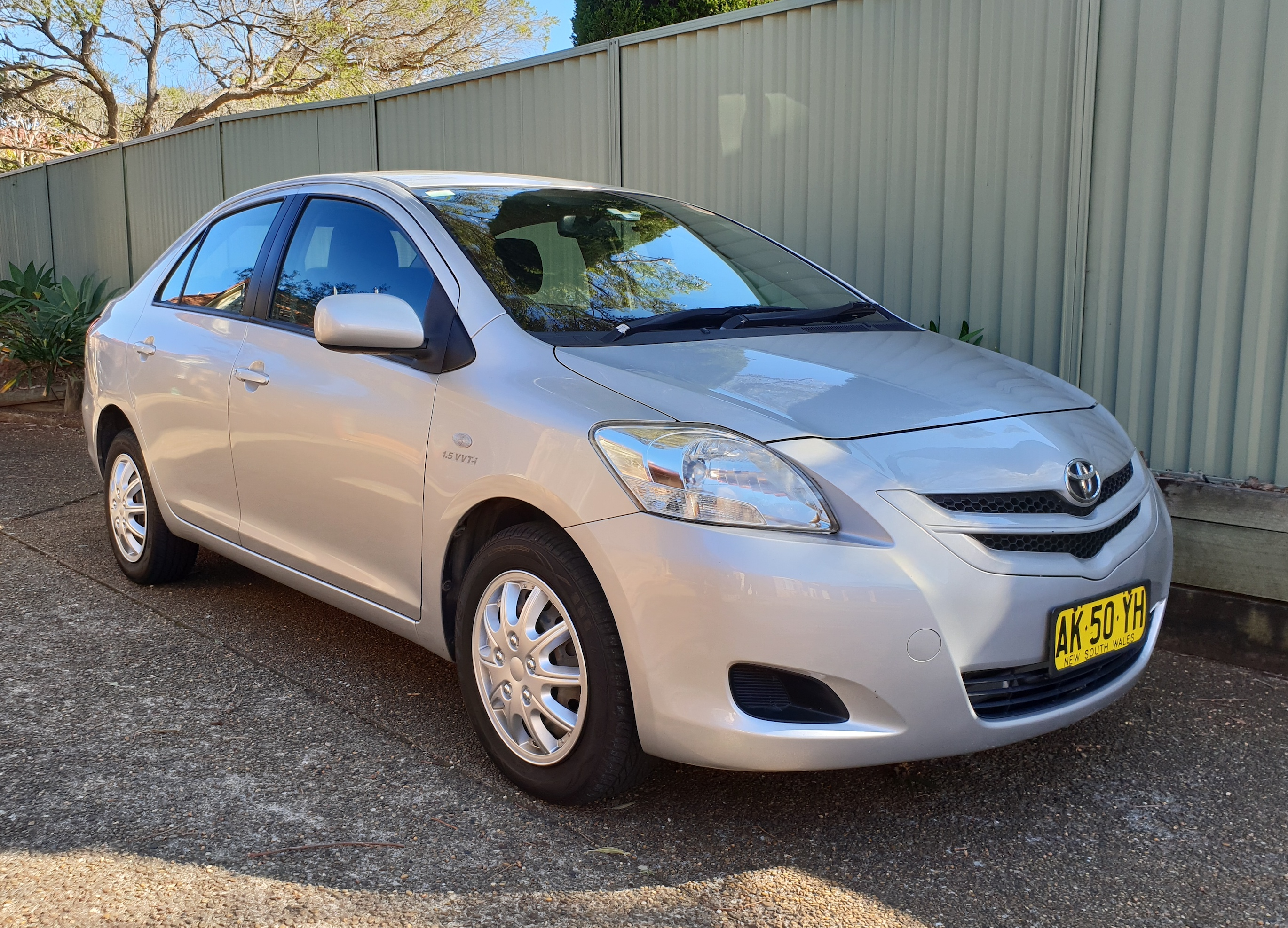 Picture of Salvador's 2006 Toyota Yaris YRS
