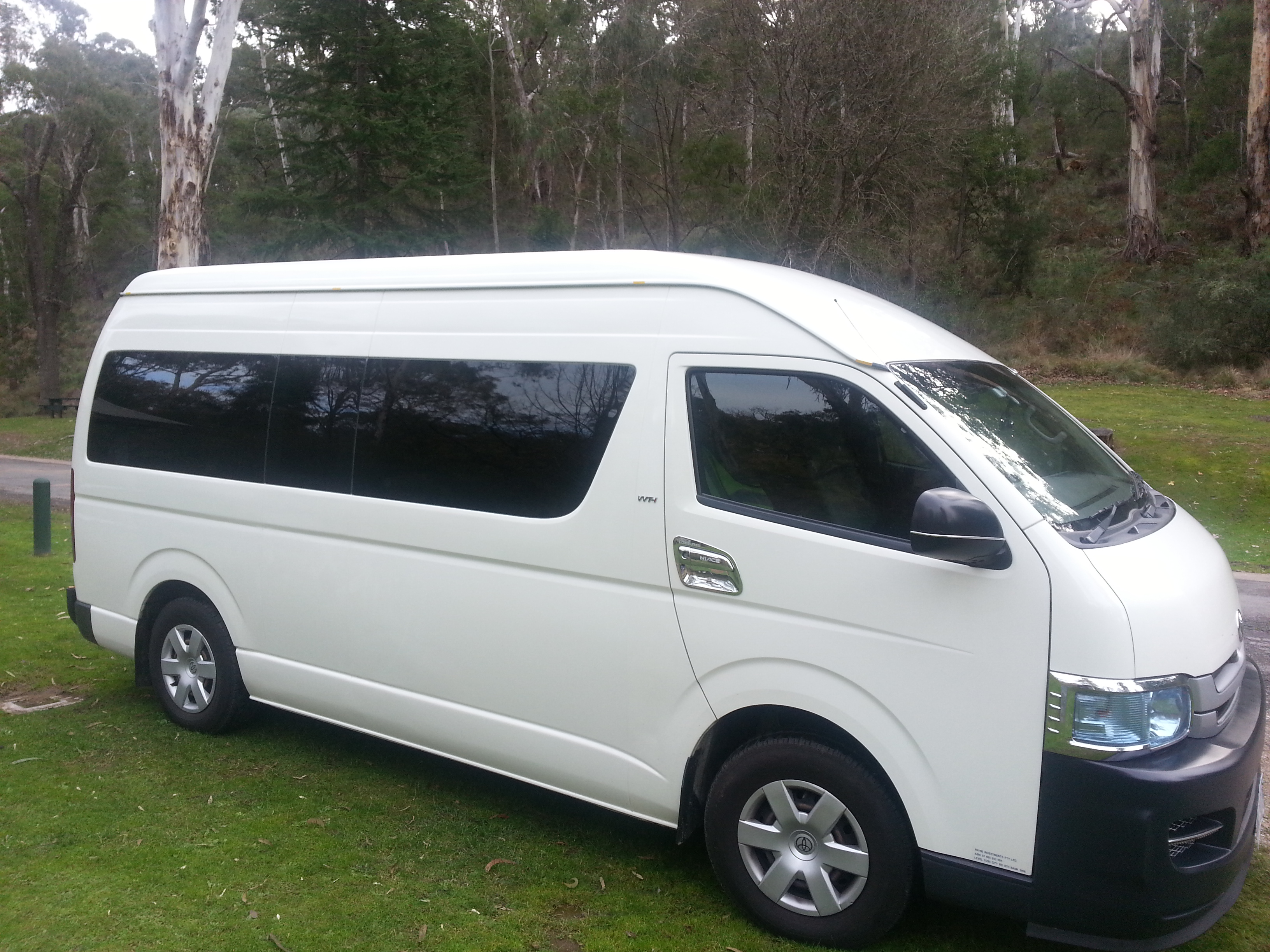 Picture of Sam's 2007 Toyota Hiace Commuter