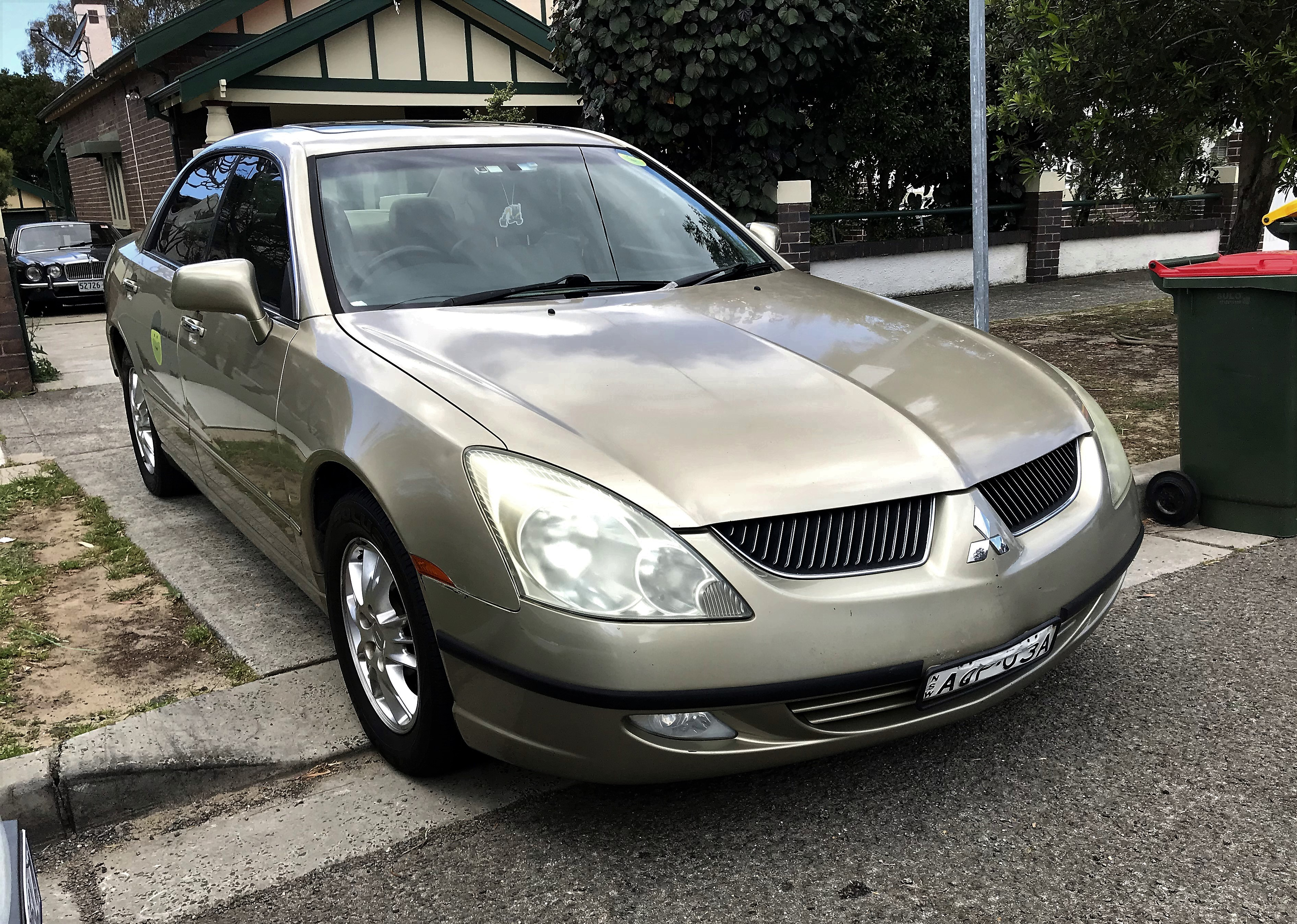Picture of Josh's 2003 Mitsubishi Verada