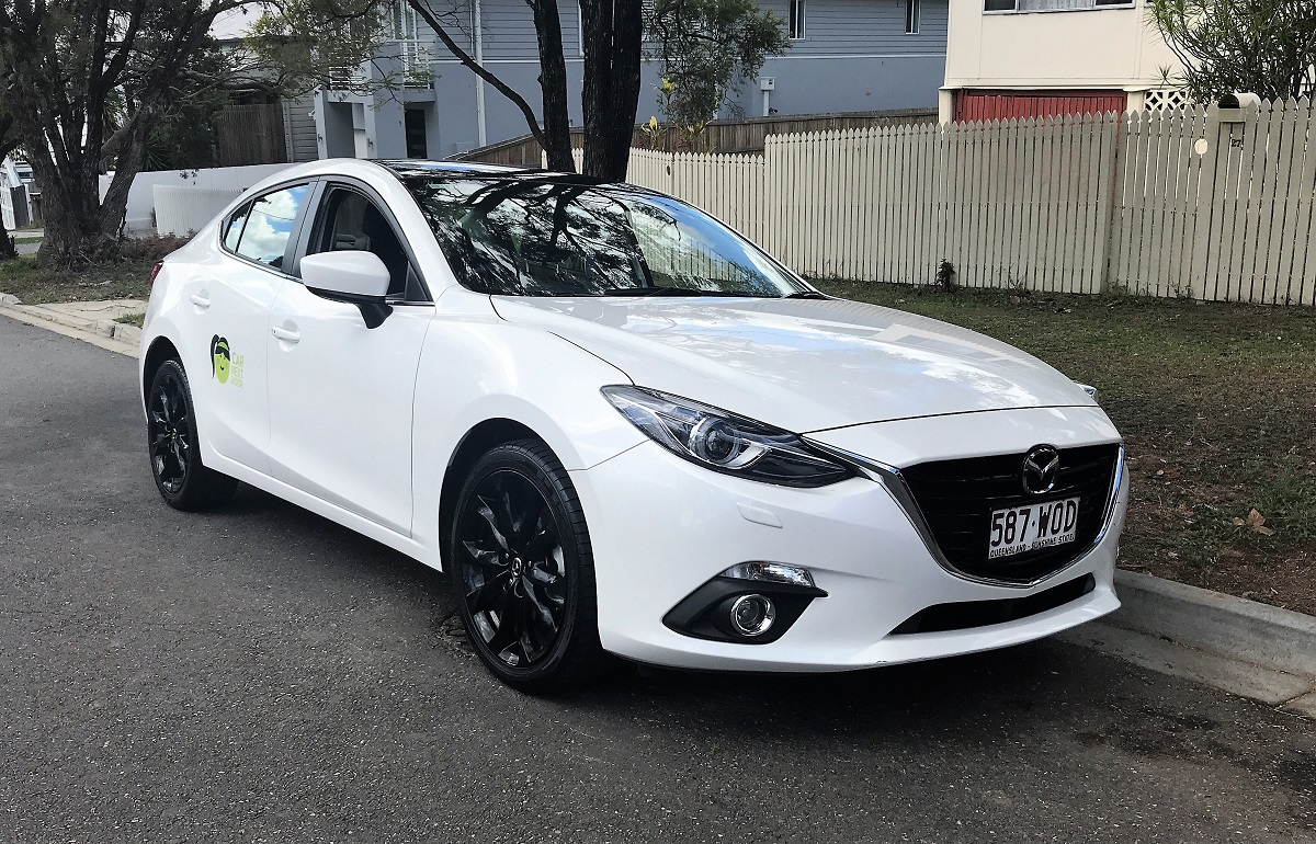 Picture of Helen's 2016 Mazda 3 SP25 GT
