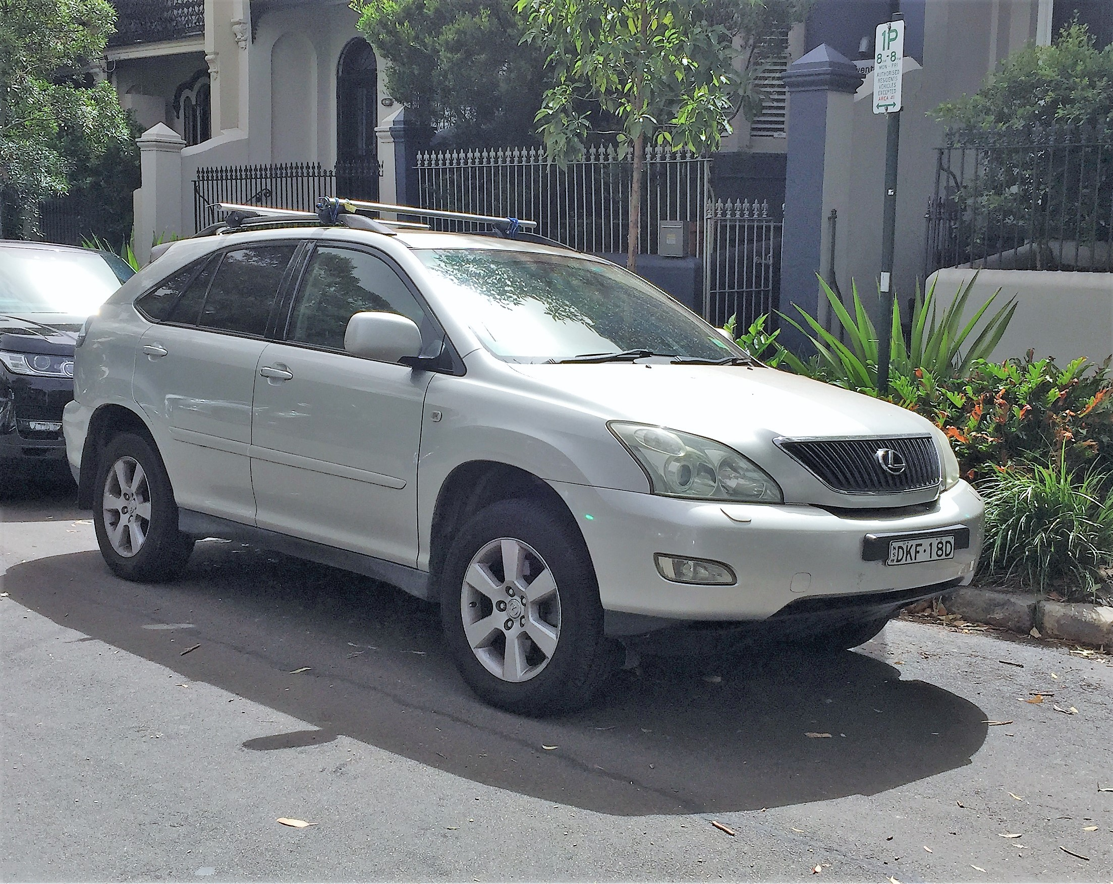 Picture of Stephanie's 2003 Lexus RX330