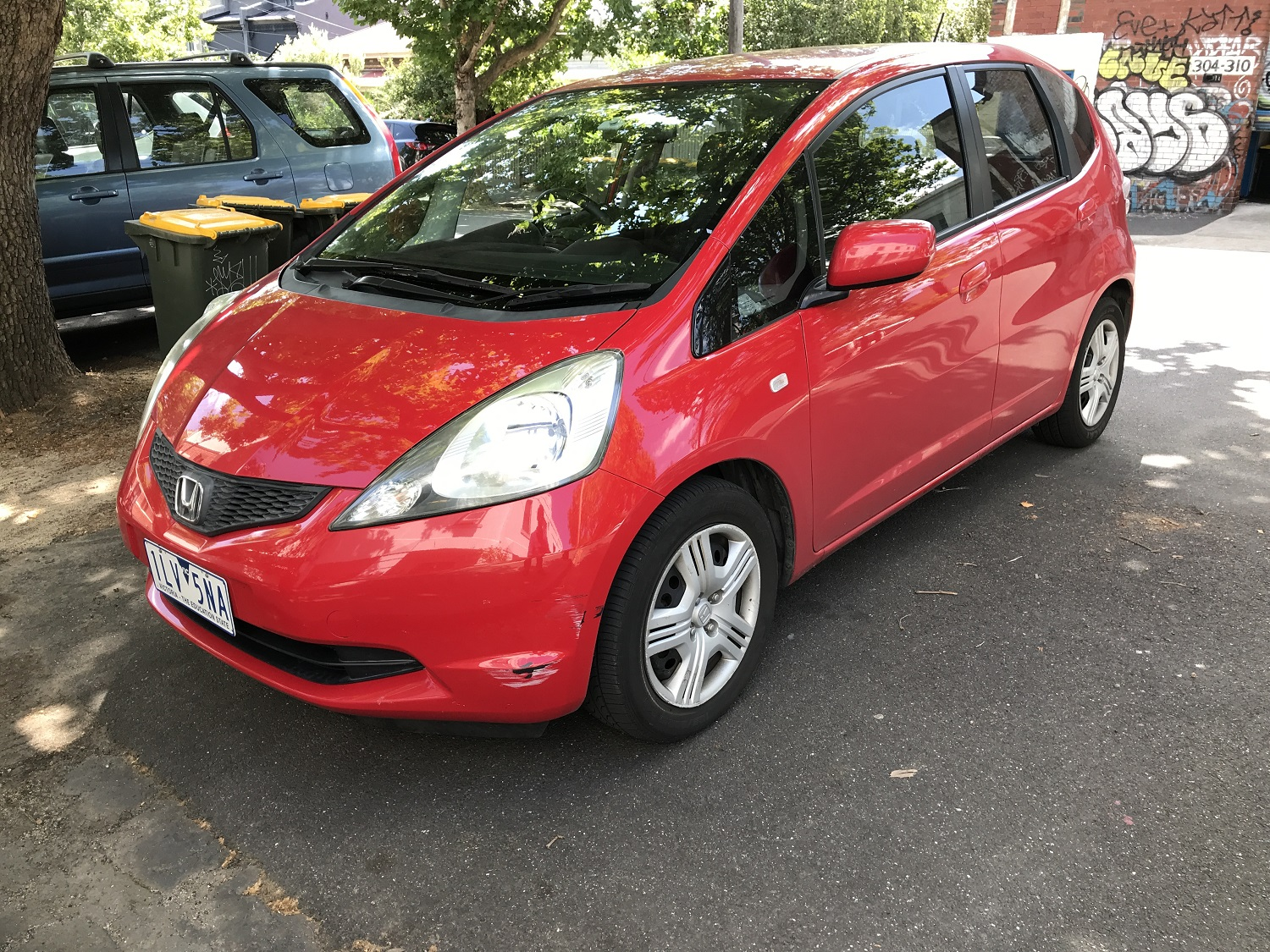 Picture of Cameron's 2008 Honda Jazz