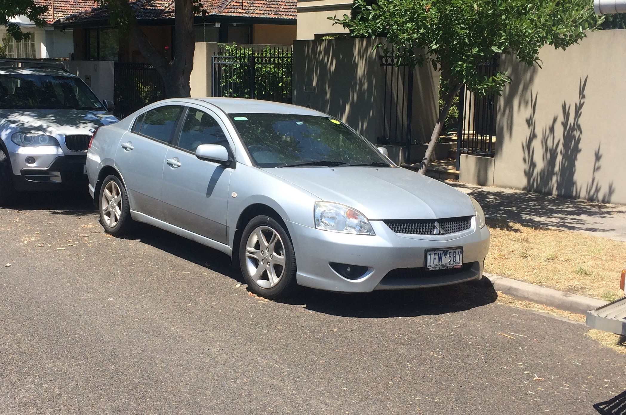 Picture of Oscar's 2006 Mitsubishi ES