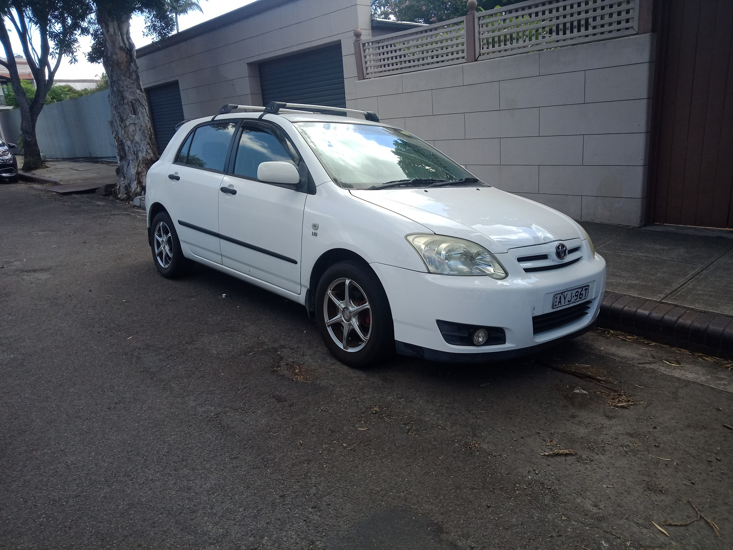 Picture of William's 2005 Toyota Corolla