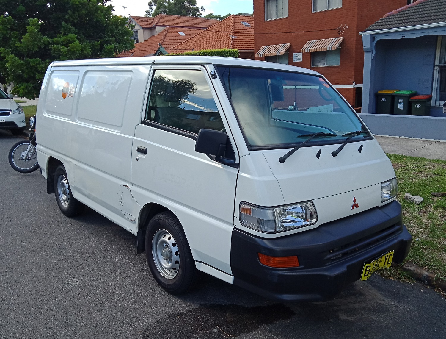 Picture of Johannes' 2011 Mitsubishi Express