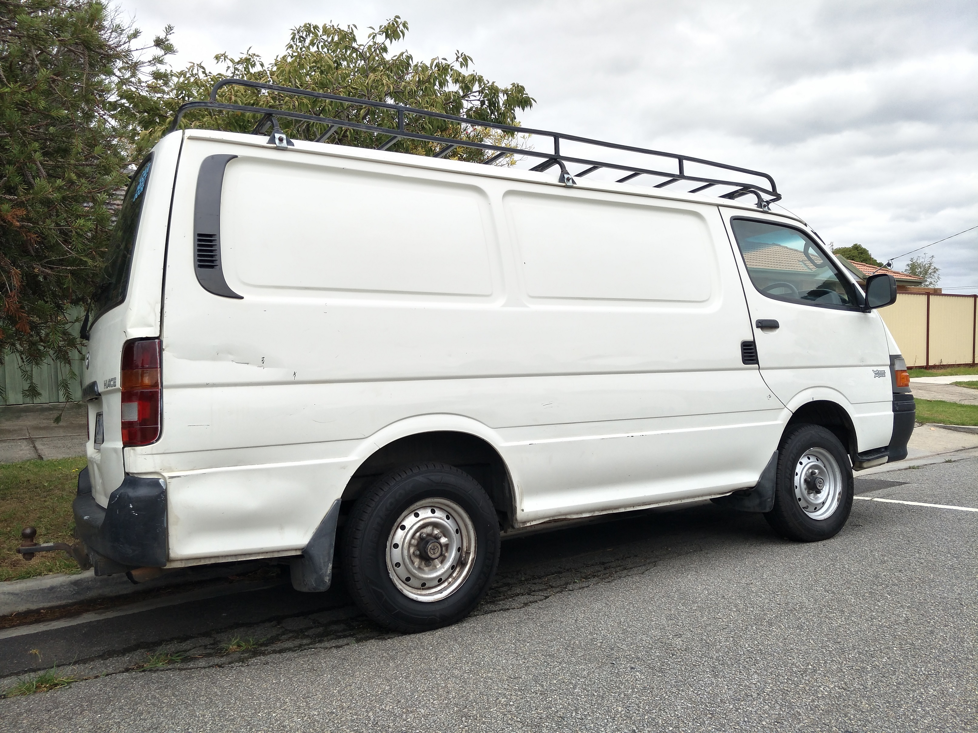 Picture of Matthew's 2003 Toyota Hiace