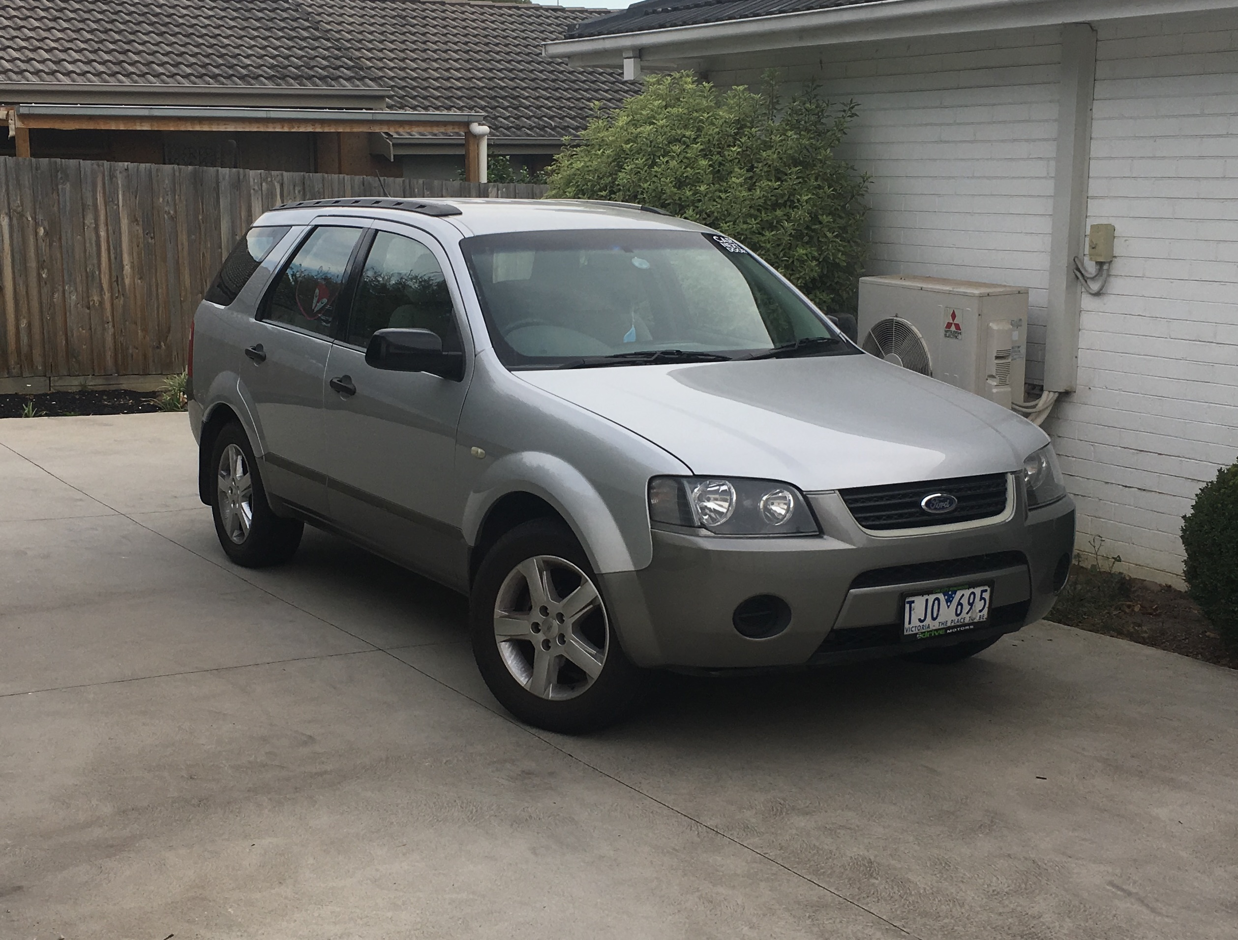 Picture of Catherine's 2005 Ford Territory