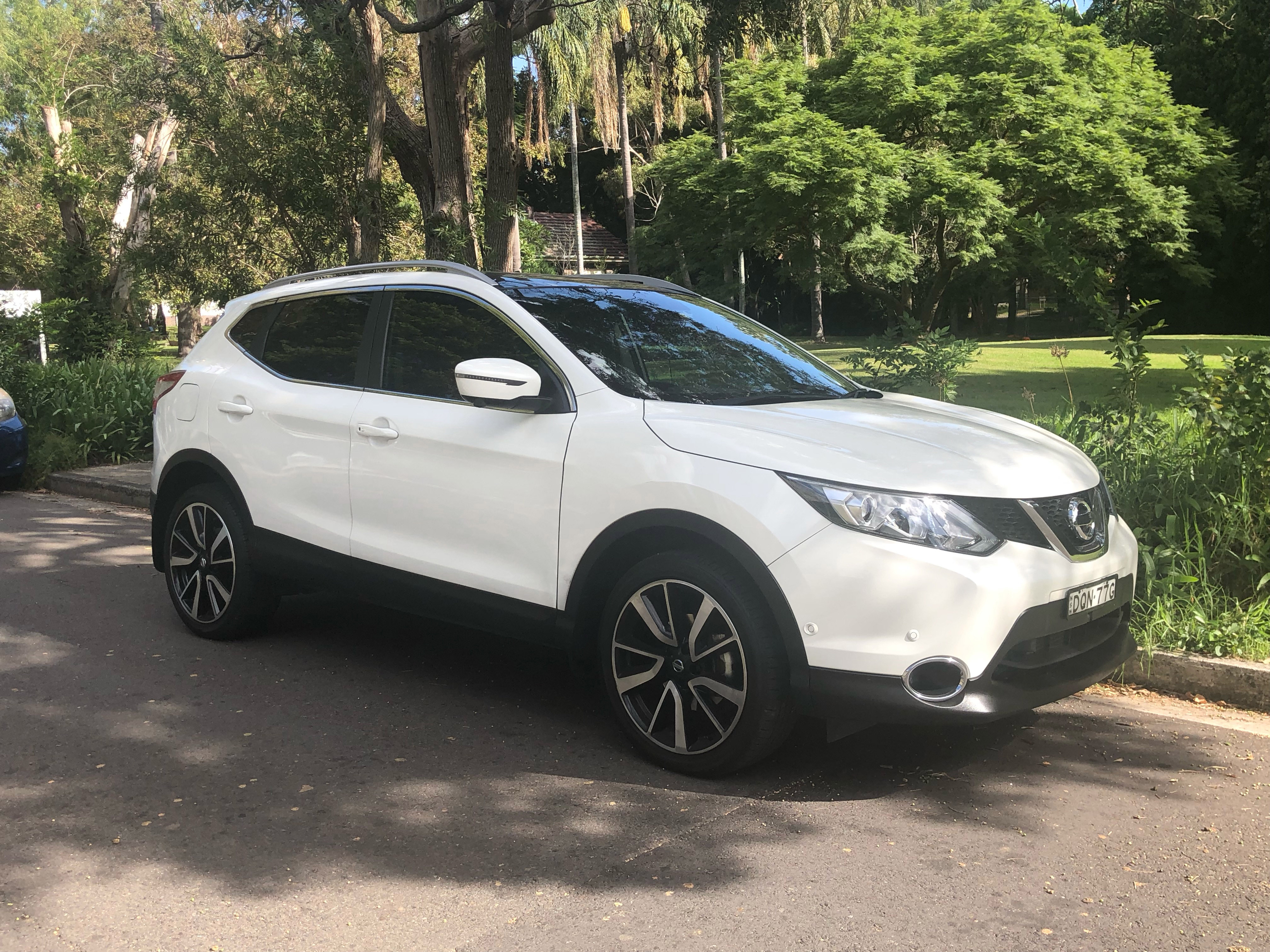 Picture of Dennis' 2017 Nissan Qashqai