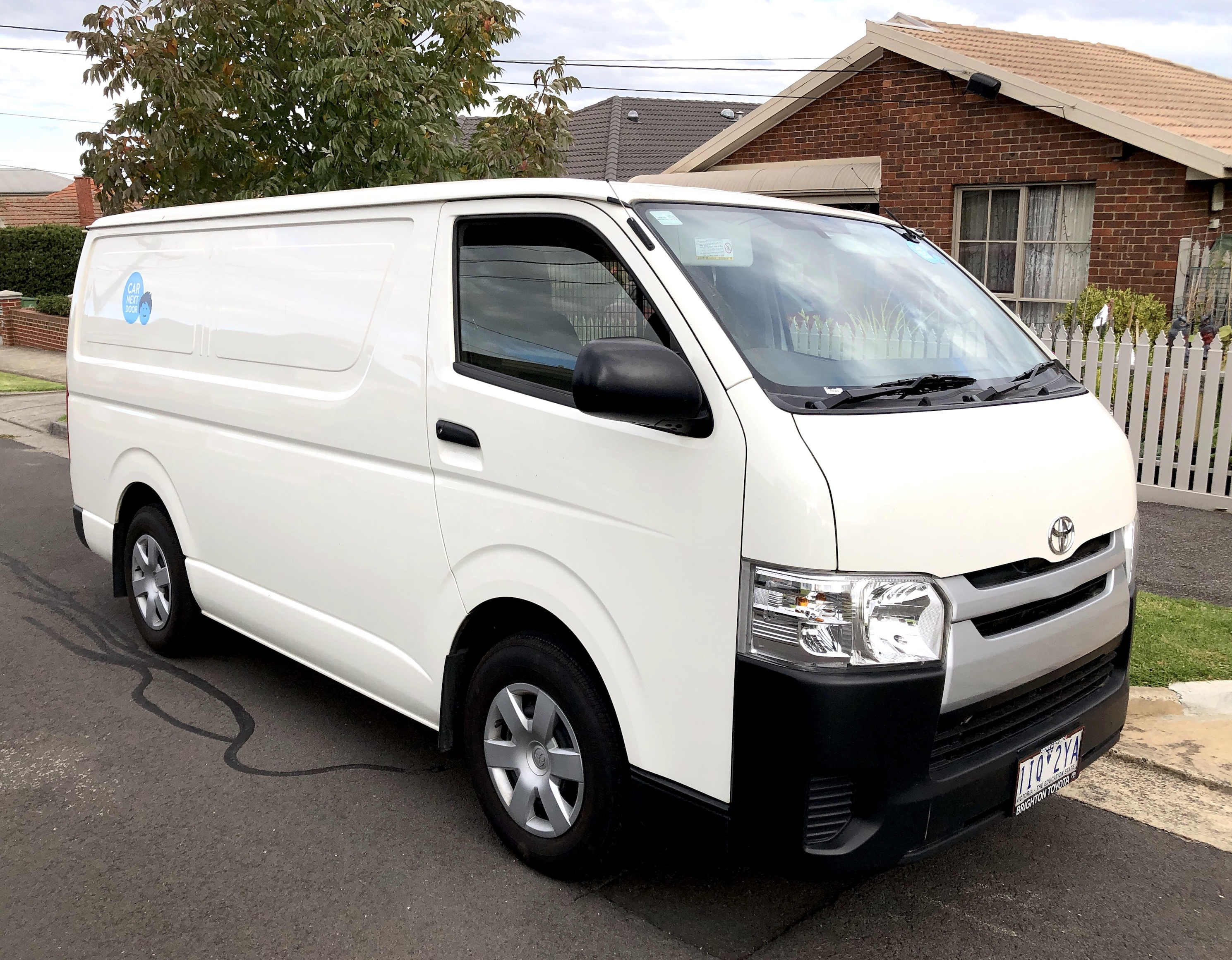 Picture of Rahul's 2016 Toyota Hiace