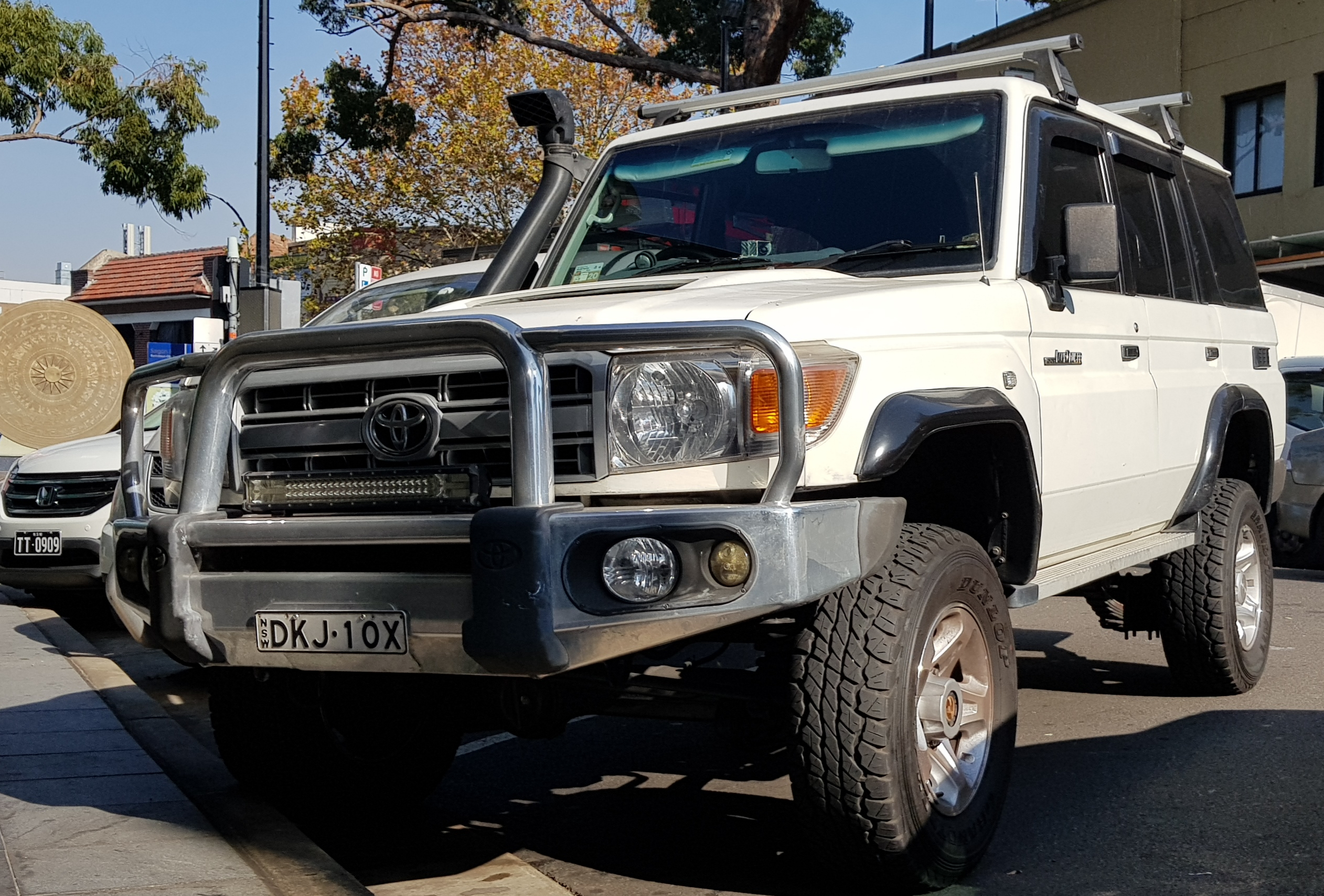 Picture of Quang's 2012 Toyota Landcruiser