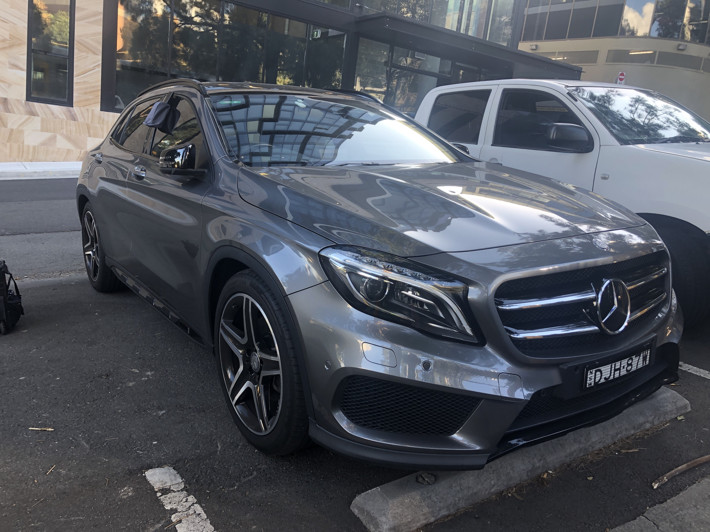 Picture of Ming Li's 2016 Mercedes-Benz GLA250 4MATIC