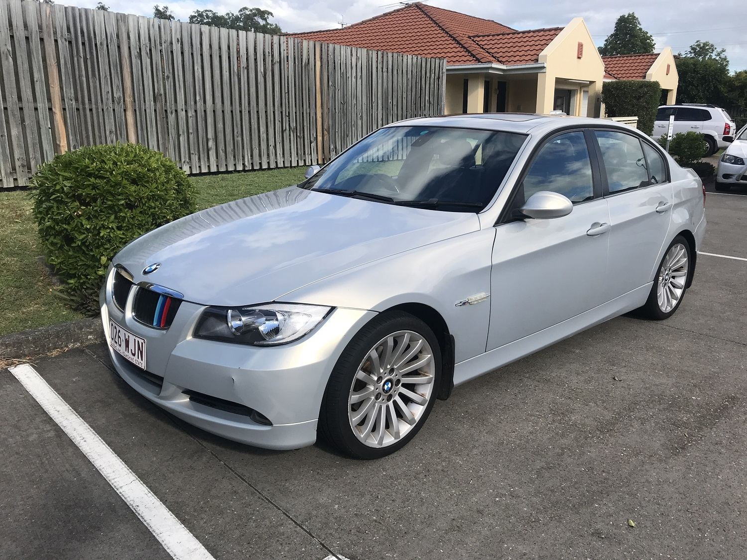 Picture of Rahul's 2007 BMW 320 i