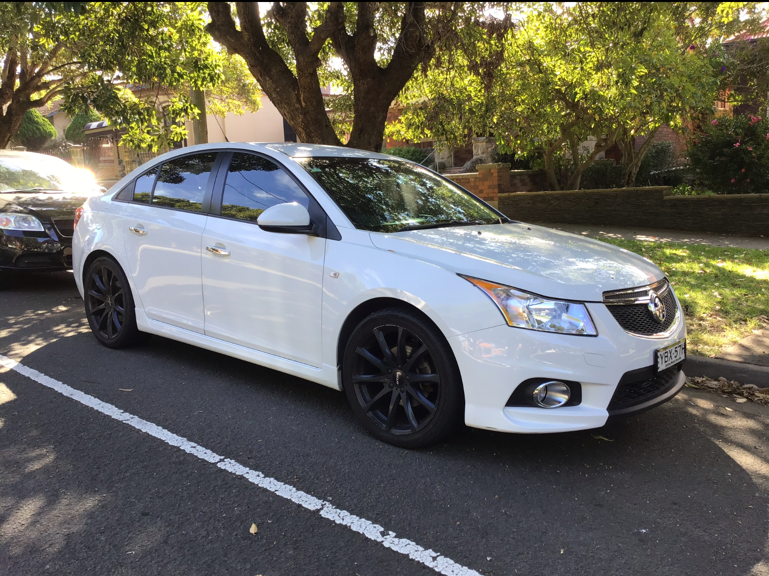 Picture of Johanna Paola's 2014 Holden Cruz