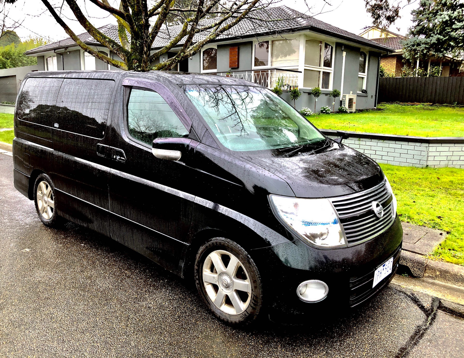 Picture of Don's 2009 Nissan El grand