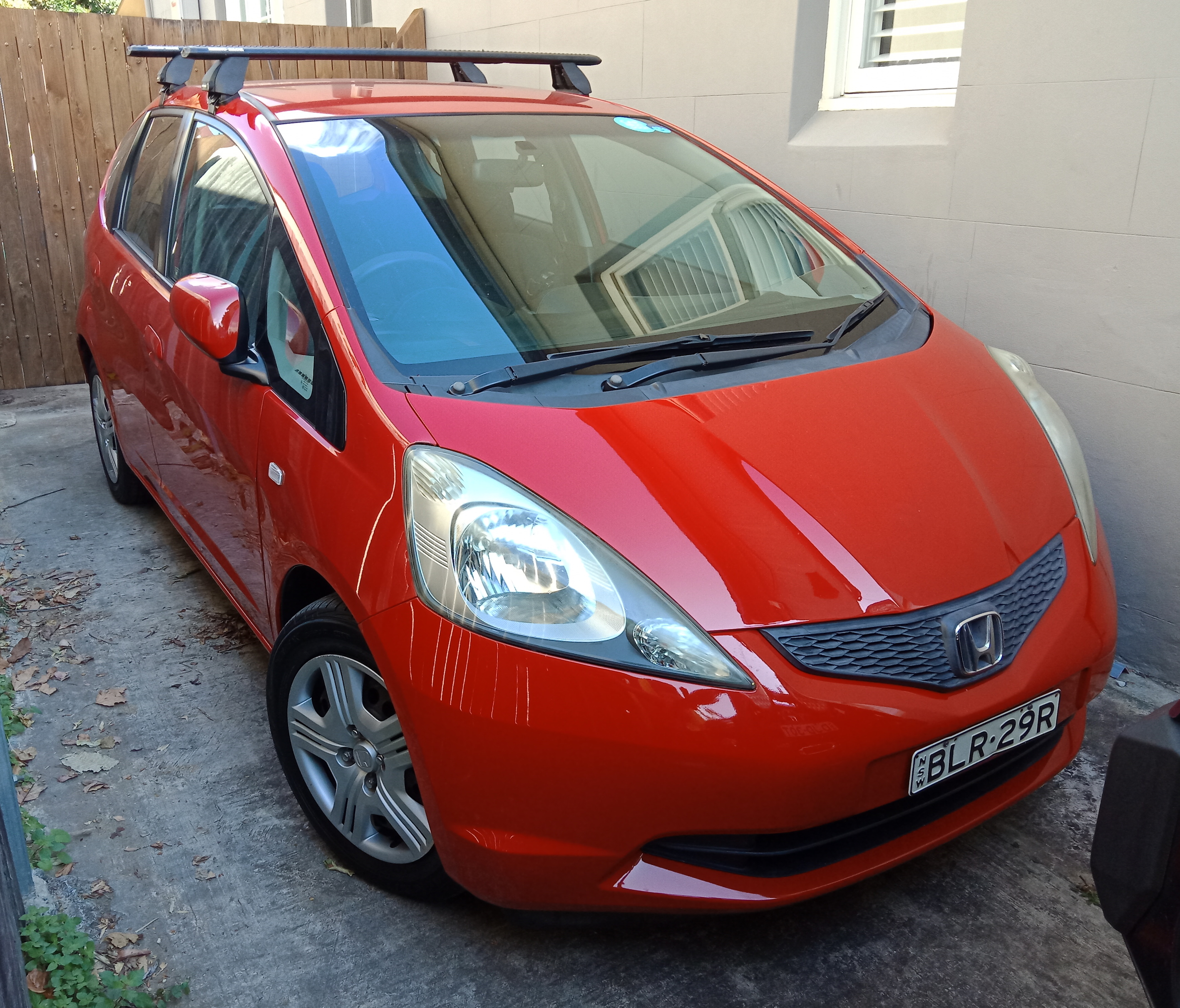 Picture of Leonard's 2009 Honda Jazz