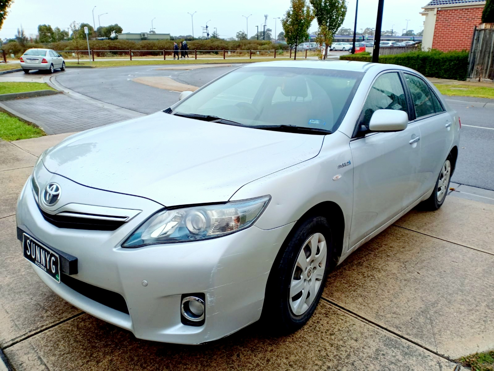 Picture of Sunny's 2010 Toyota Camry Hybrid