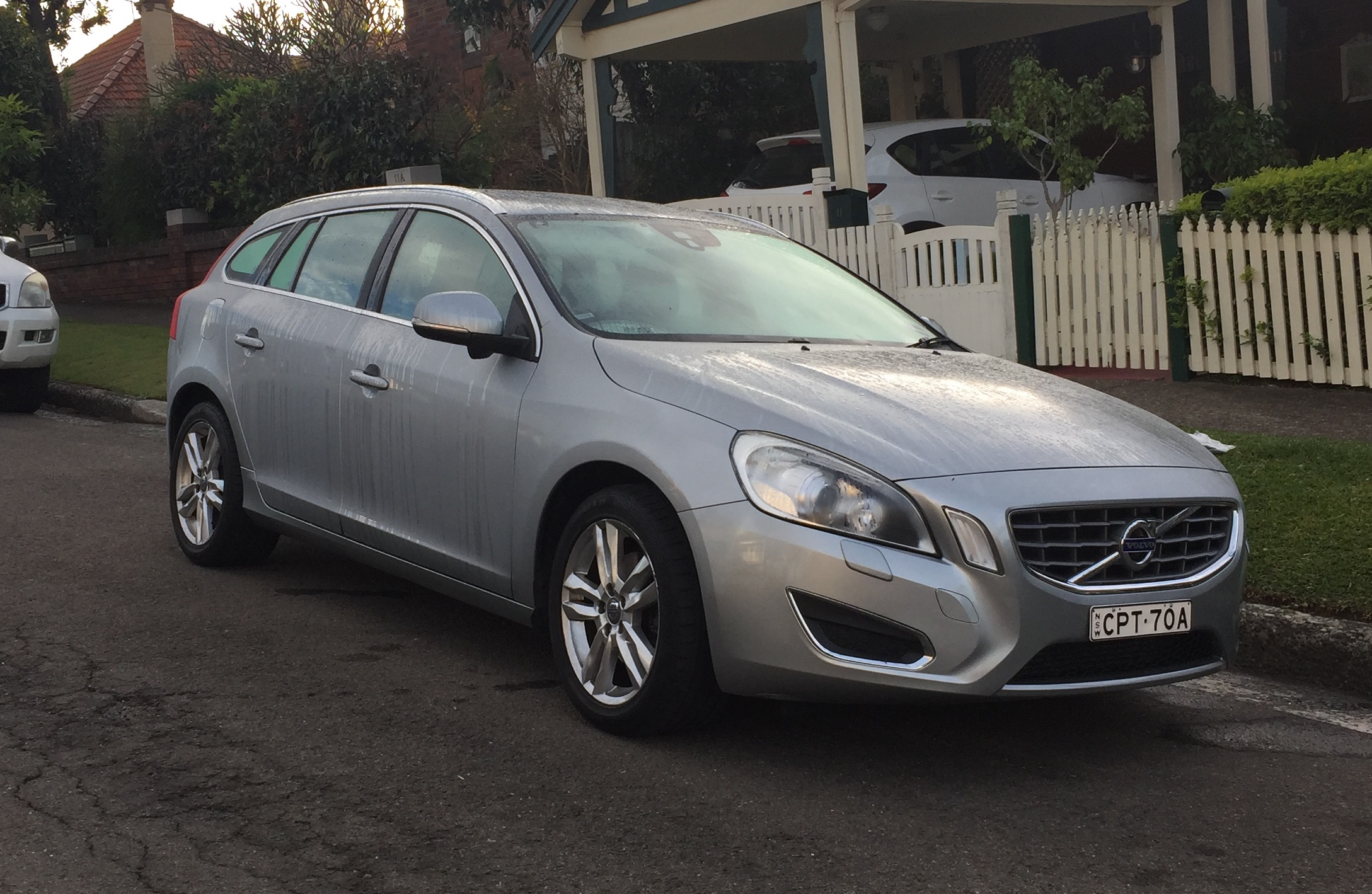 Picture of Cynthia's 2013 Volvo V60