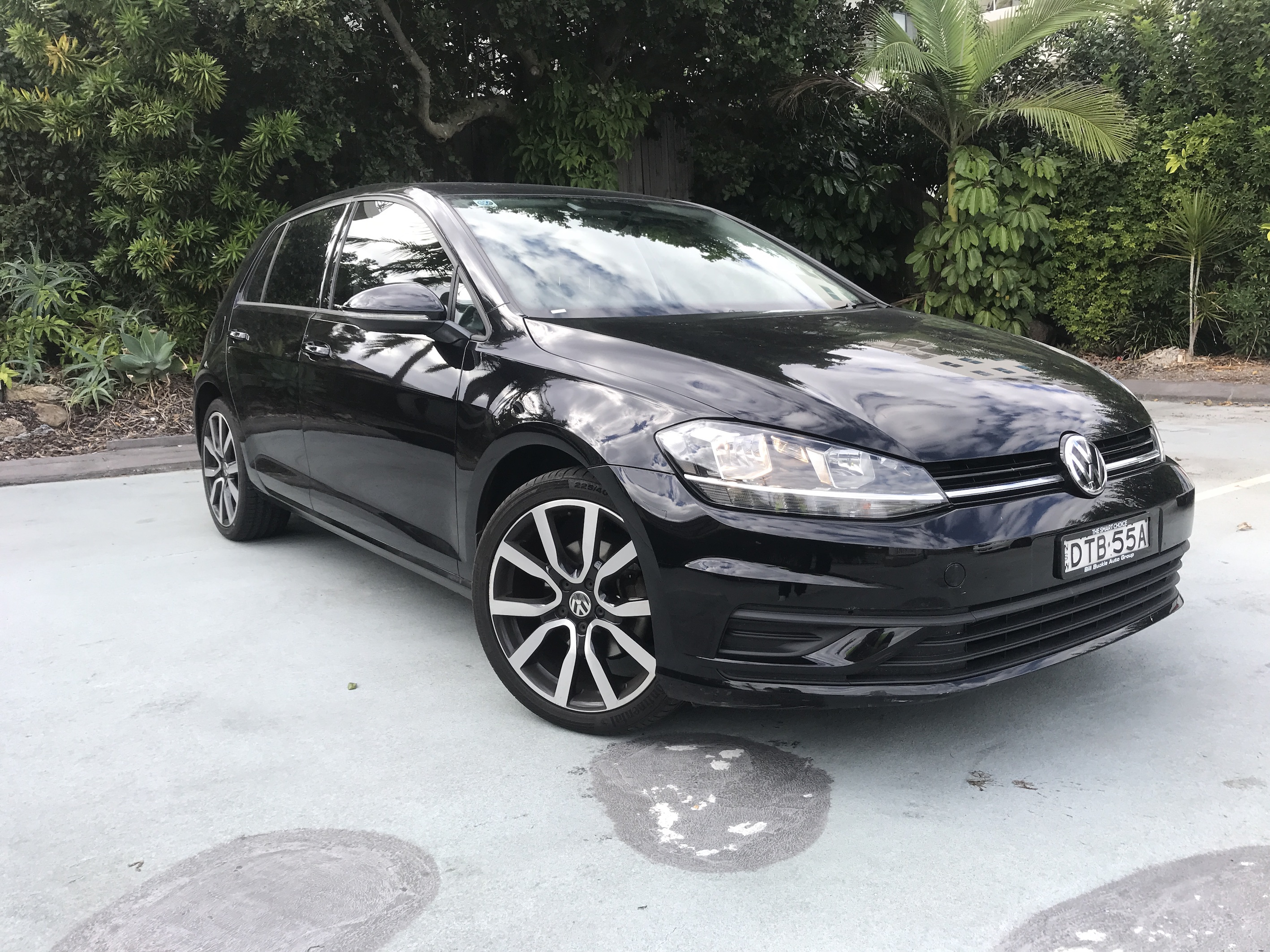 Picture of Nina's 2017 VW Golf Tsi