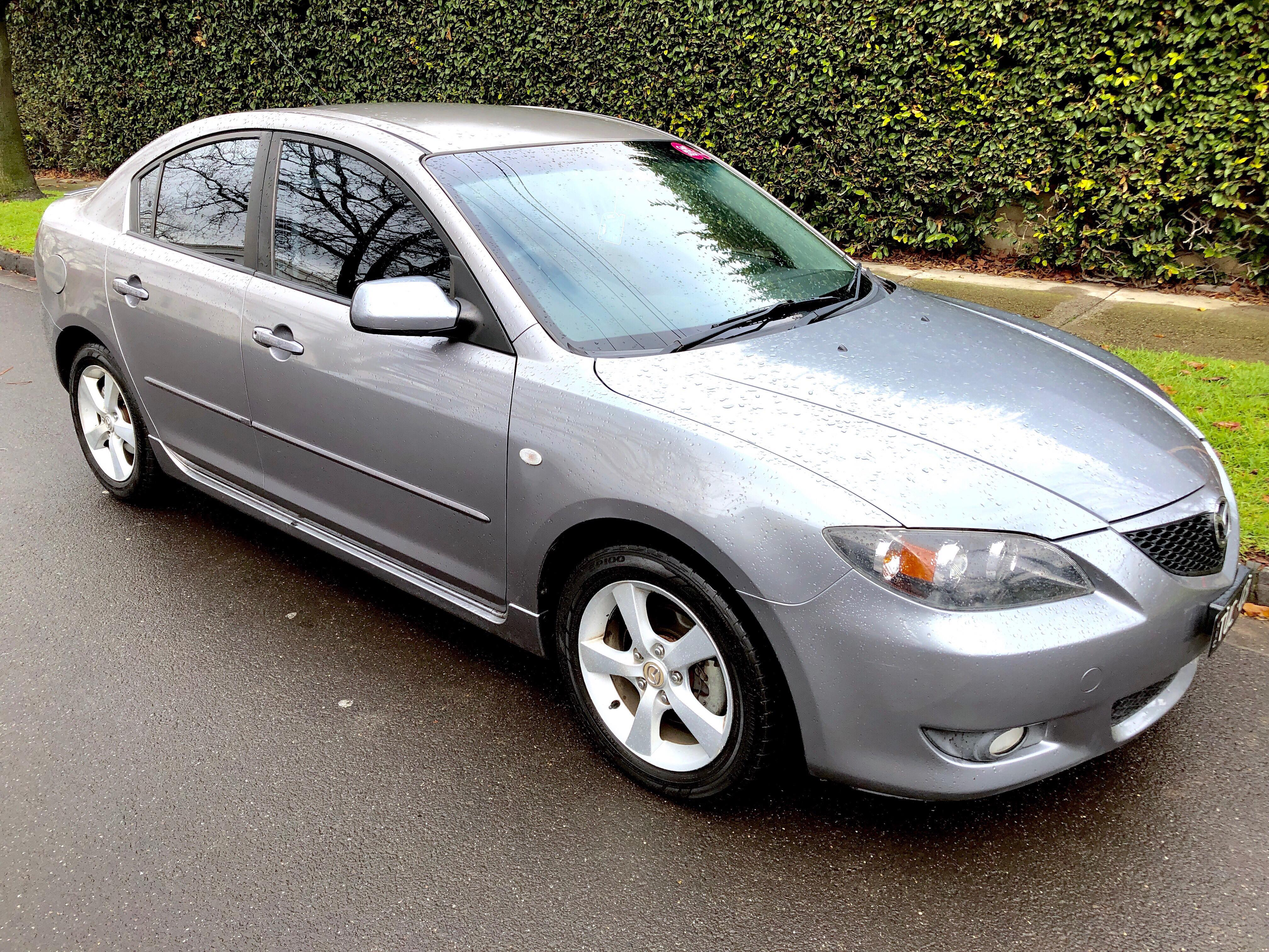 Picture of Henry's 2005 Mazda 3