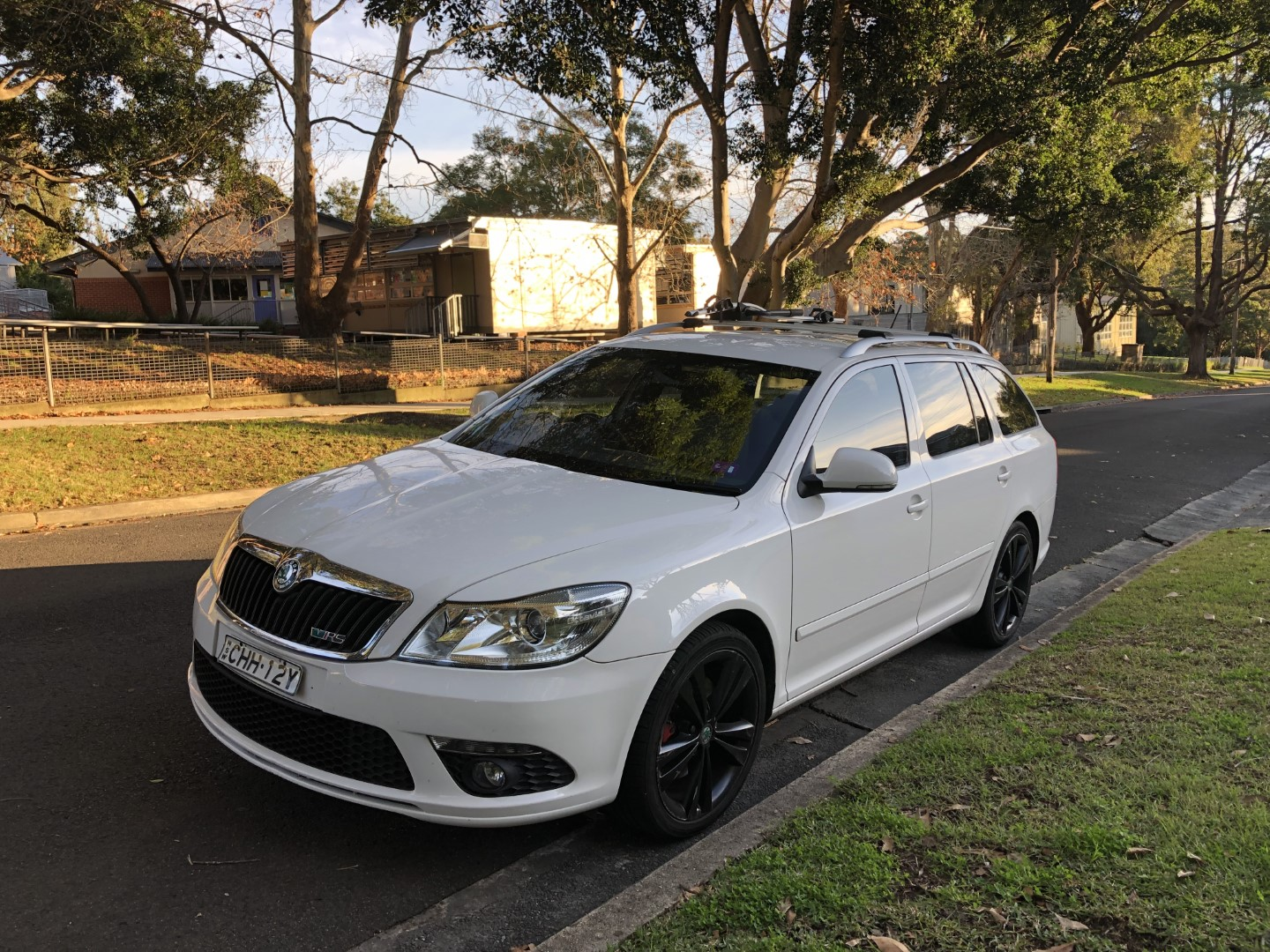 Picture of Nicholas' 2012 SKODA OCTAVIA