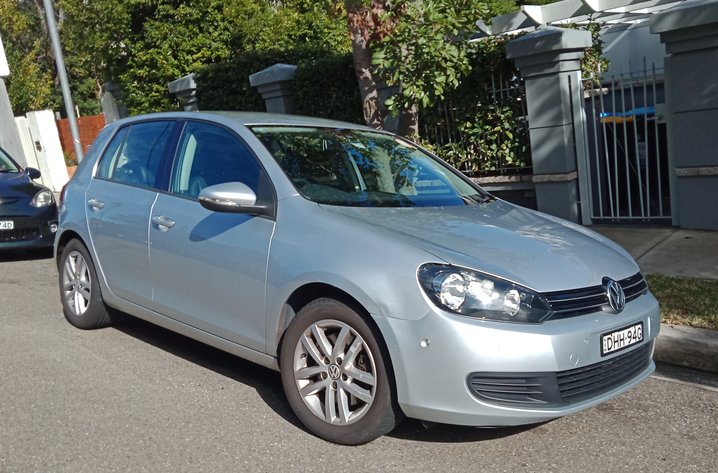 Picture of Mauricio's 2010 Volkswagen Golf