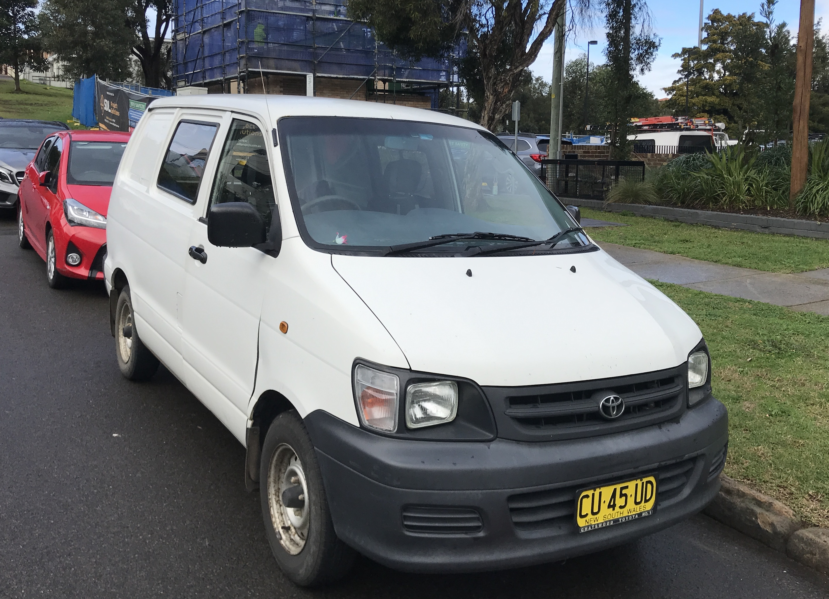 Picture of Nicolas' 2001 Toyota Townace