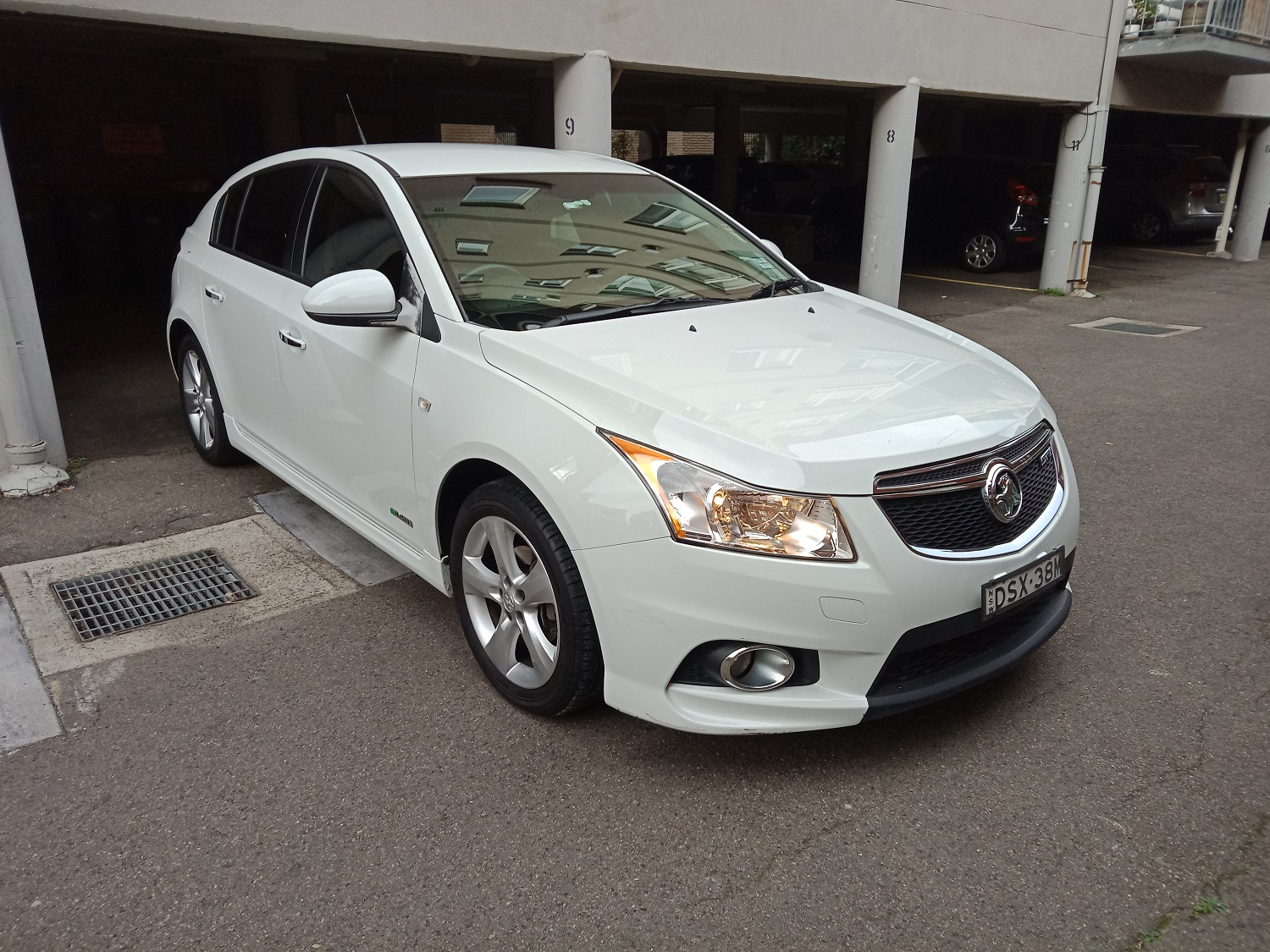 Picture of Barbara's 2011 Holden Cruze