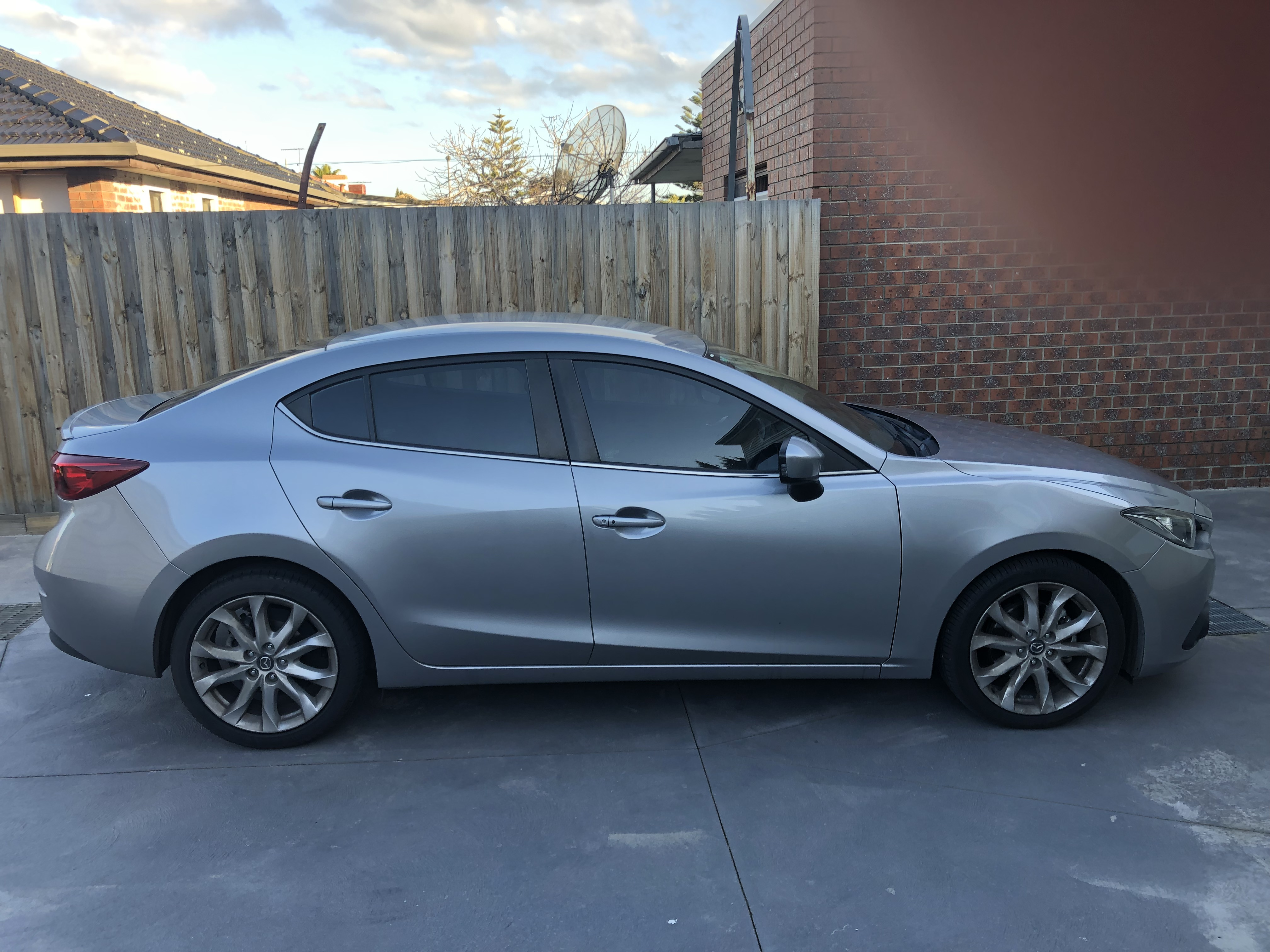 Picture of Chi's 2014 Mazda 3