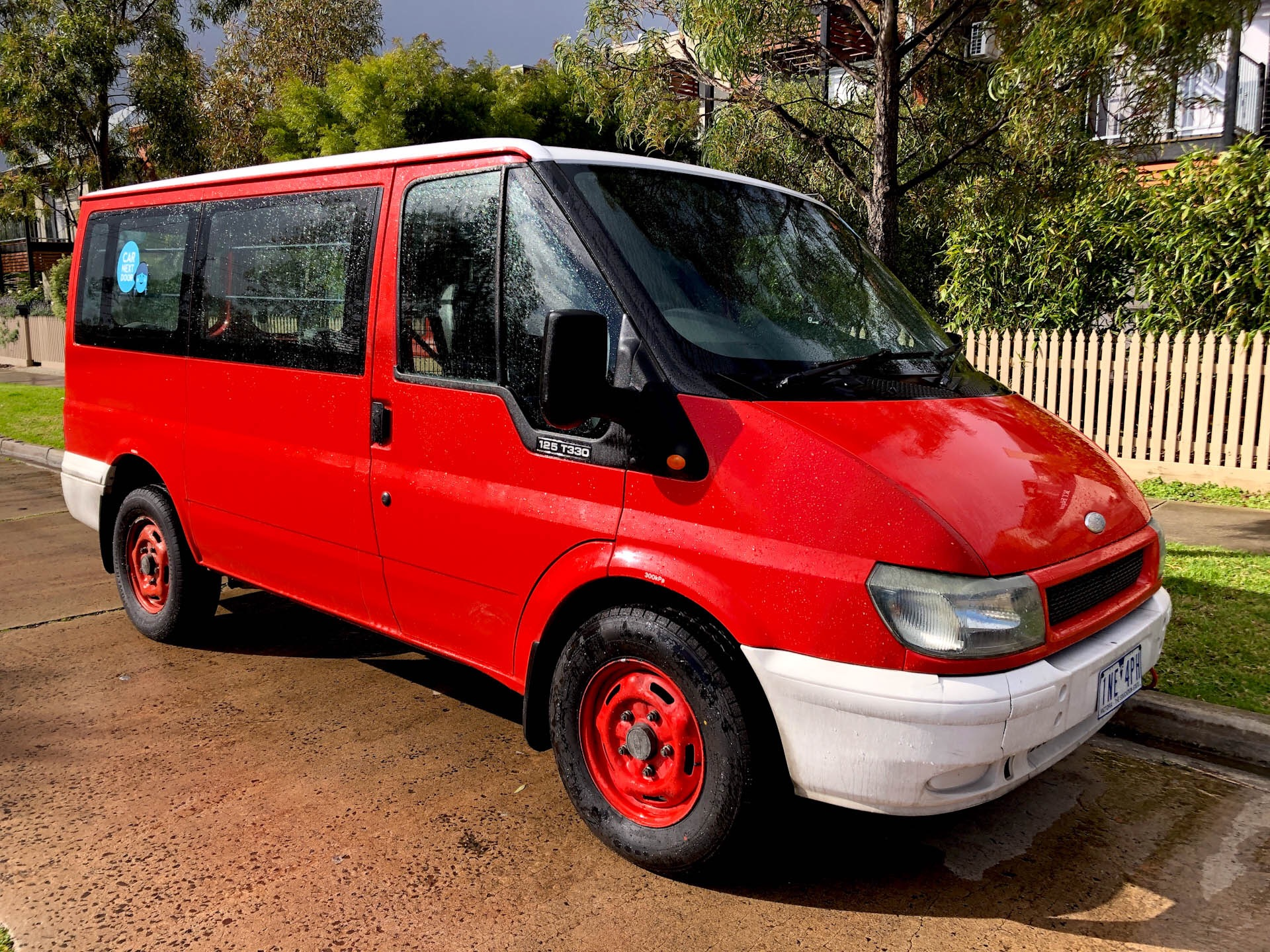 Picture of Rickie's 2004 Ford Transit